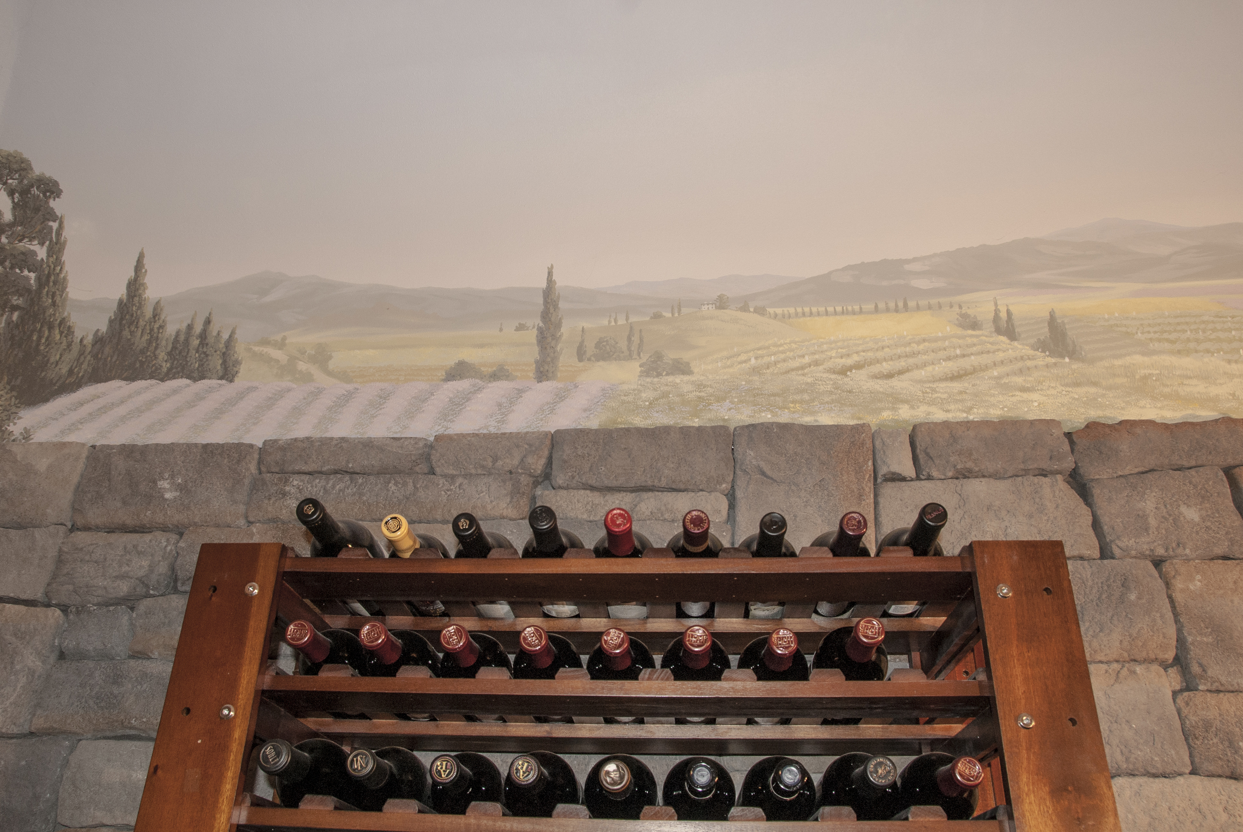It's a great space to gather with friends over a bottle and enjoy the Tuscan countryside and the feel of being in an ancient cavern.
