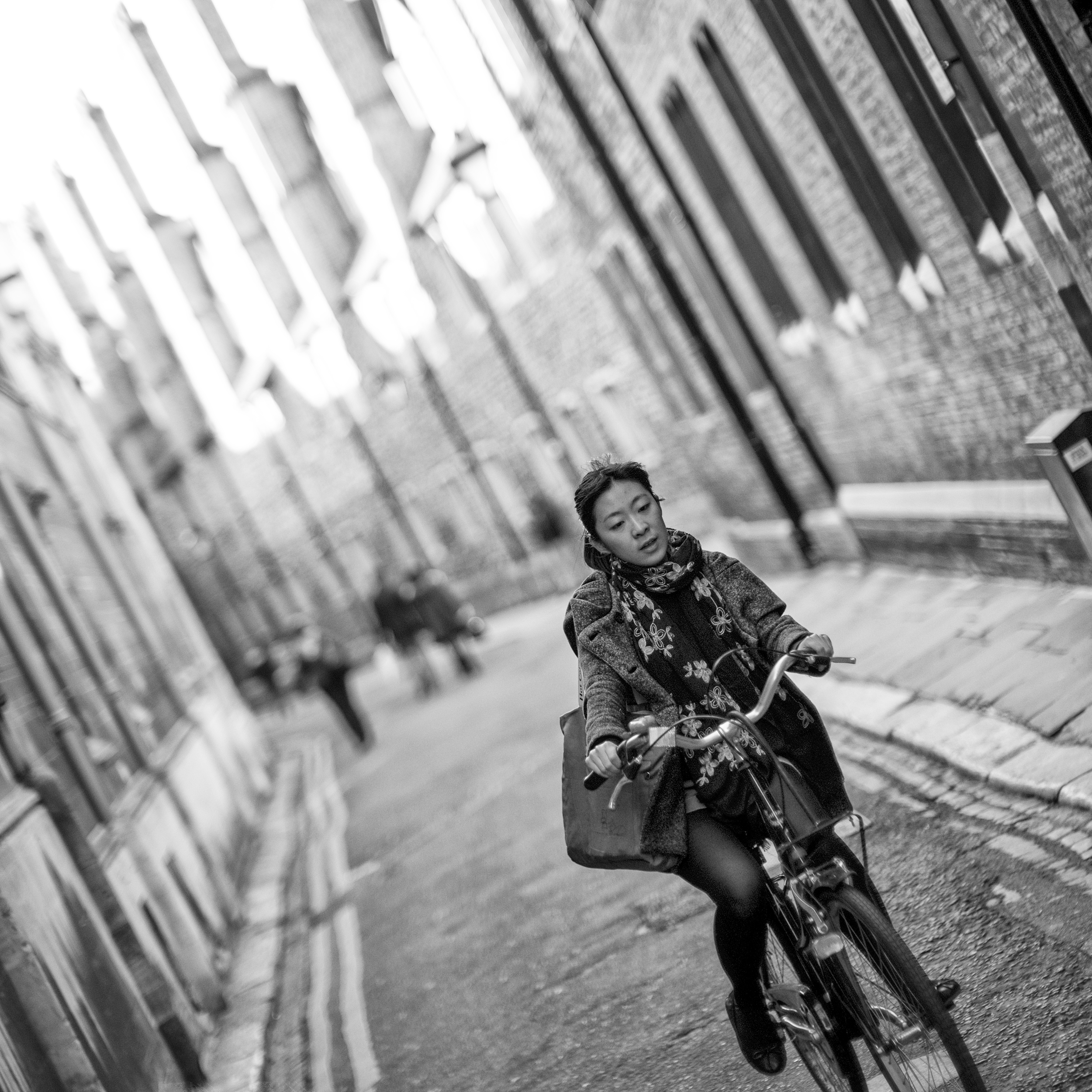 Street photography? Yeah, the Leica SL can handle that. Of course, its size makes it far less stealthy than something like the Leica M's or a Leica Q.