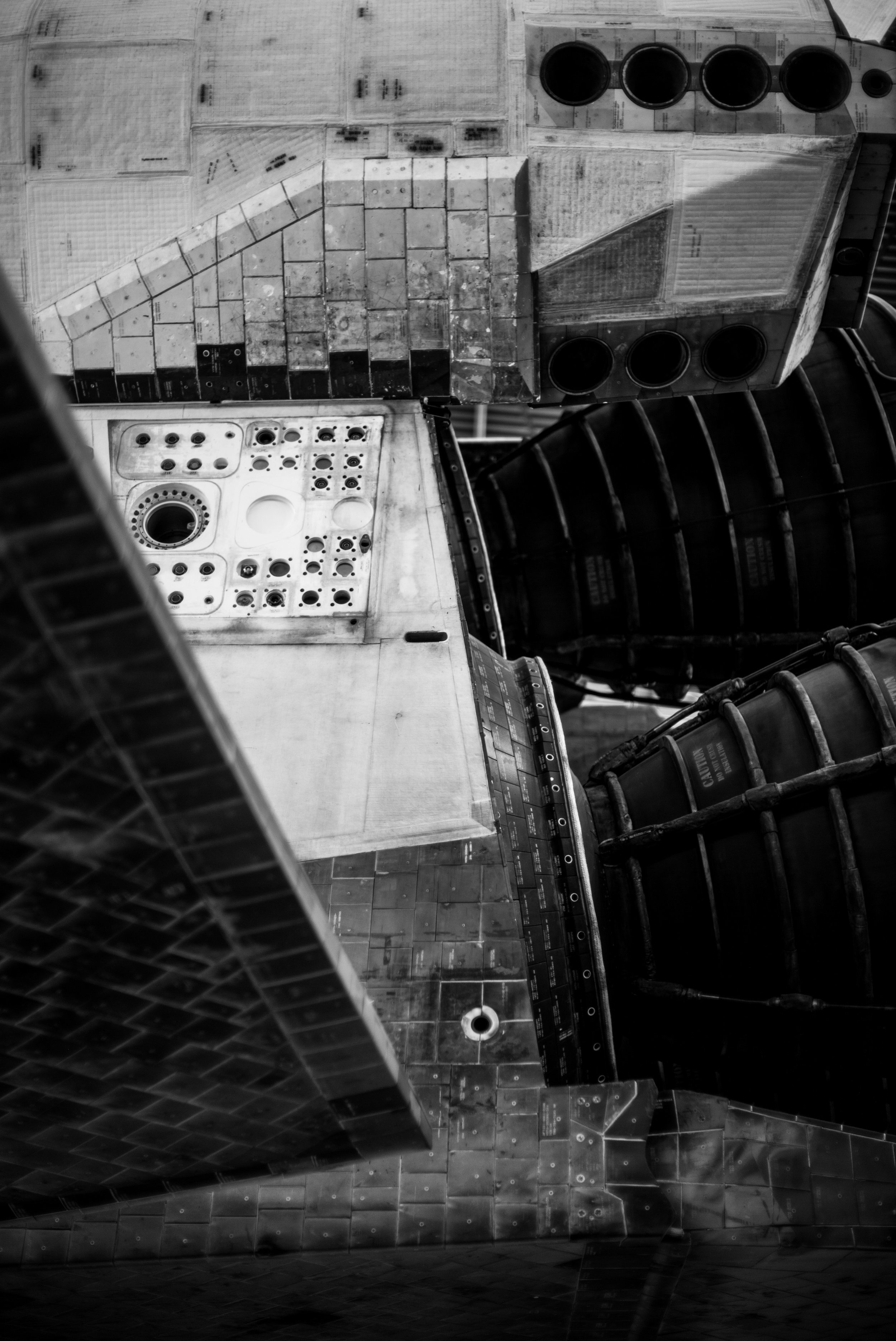 The back end of the shuttle. I got very close so the image is a little more abstract. The monochrom of this image really highlights the aesthetic imperfections of this machine.