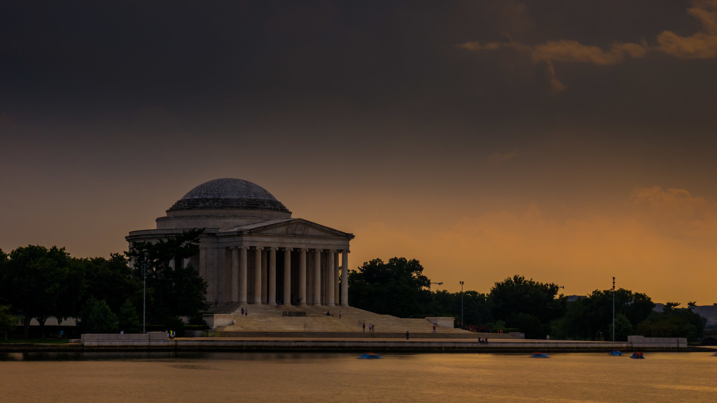The early version of the Jefferson Memorial image that was used to create the final composition