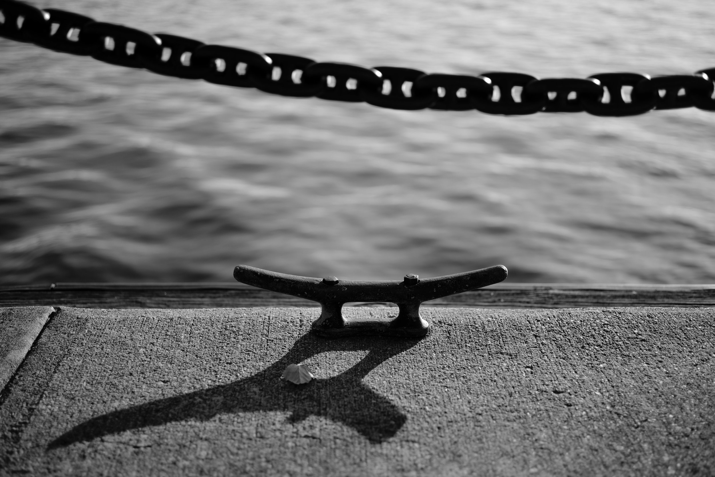 "Tie Up, Navy Yard - Leica M10 with 50mm Summicron ""Made in Canada"""