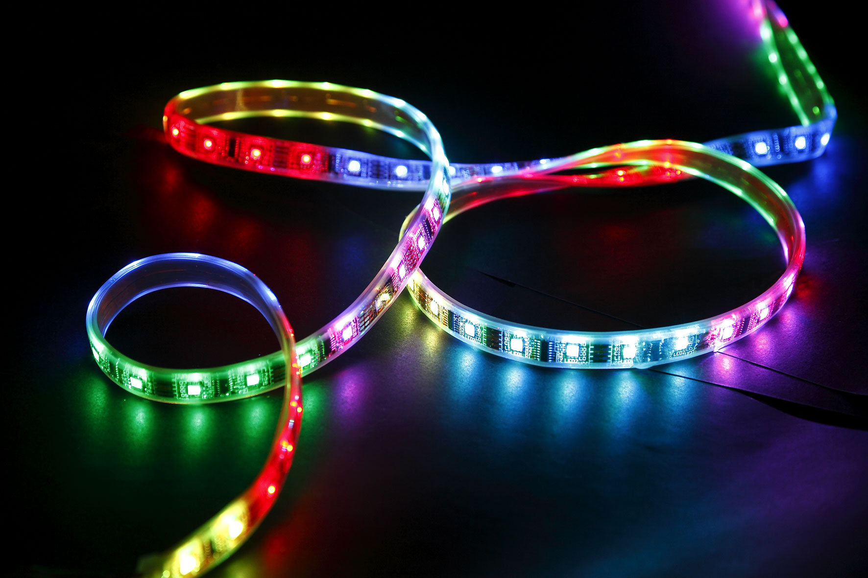 illusion-led-strip-rrft1000-40rgbd-_1.jpg