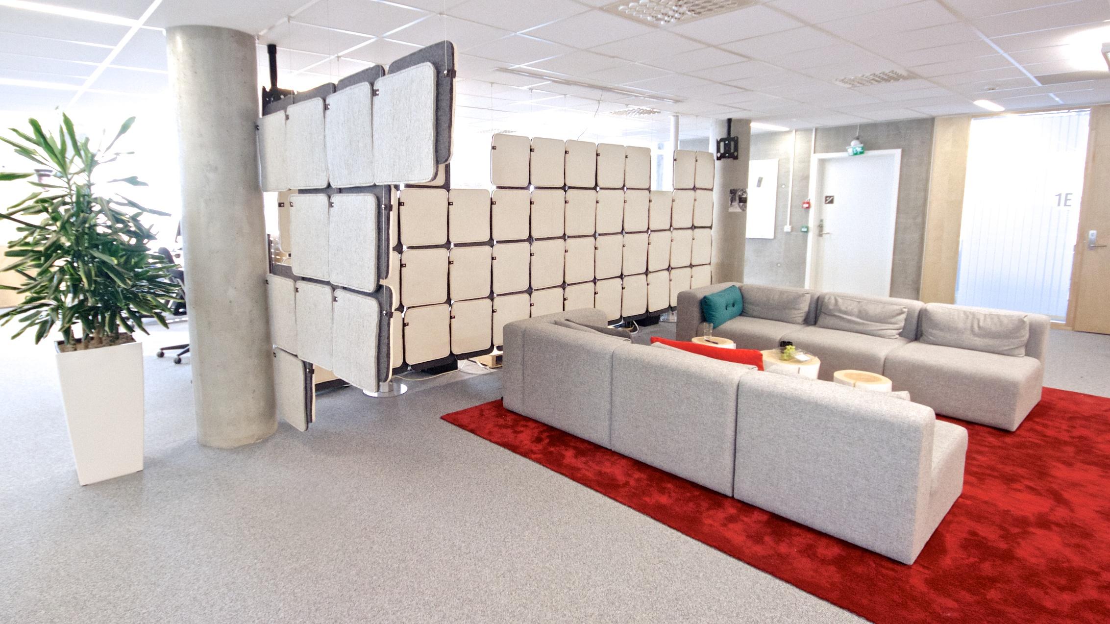 Lyddempende inndeling av opent kontorlokale