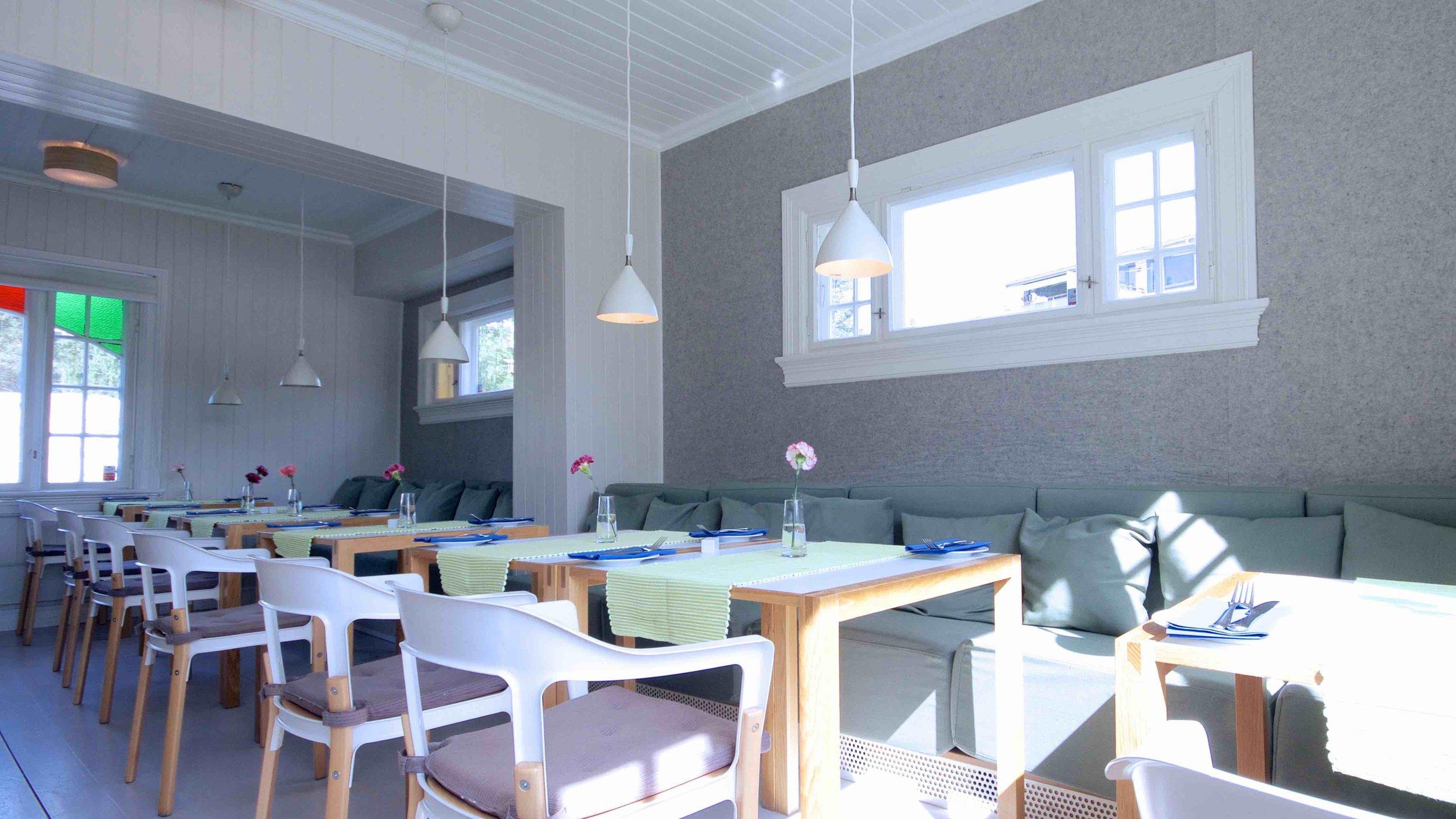 Tårnhuset Restaurant på Kolbotn - lyddempende tapet (FeltRoll)fra Rom & Tonik