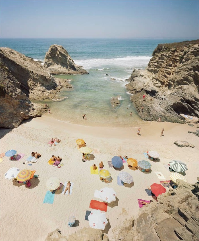 Praia Piquinia 06/06/10 14h18  by Christian Chaize | Digital C-Print