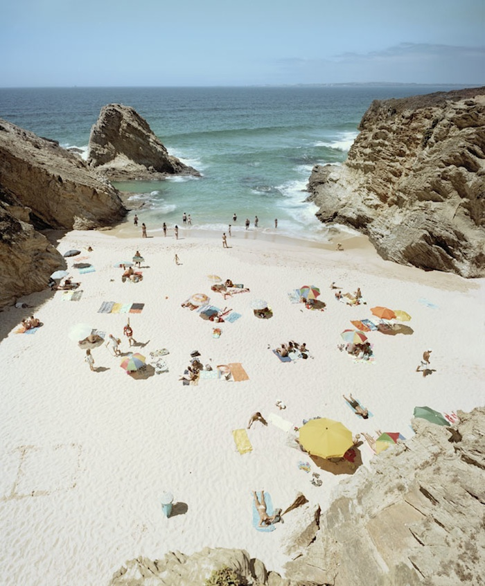 Praia Piquinia 18/08/08 14h50  by Christian Chaize | Digital C-Print