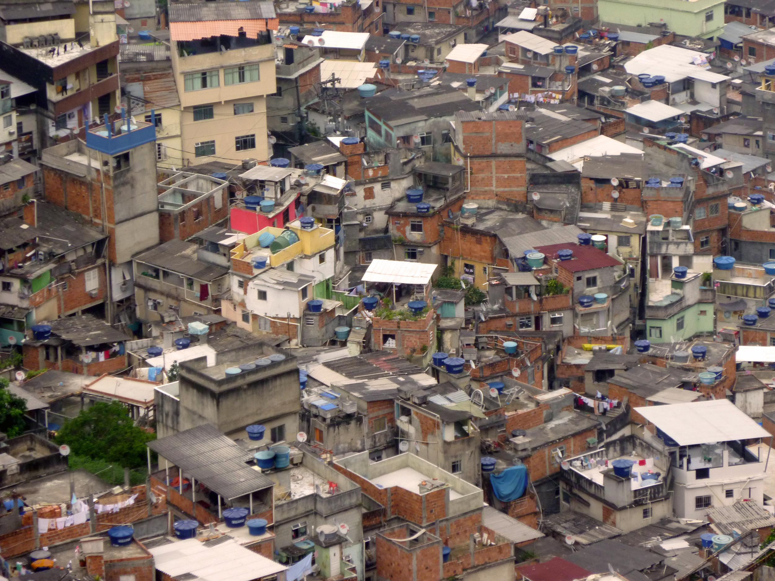 Inam-Rocinha_houses-Rio_de_Janeiro.jpg