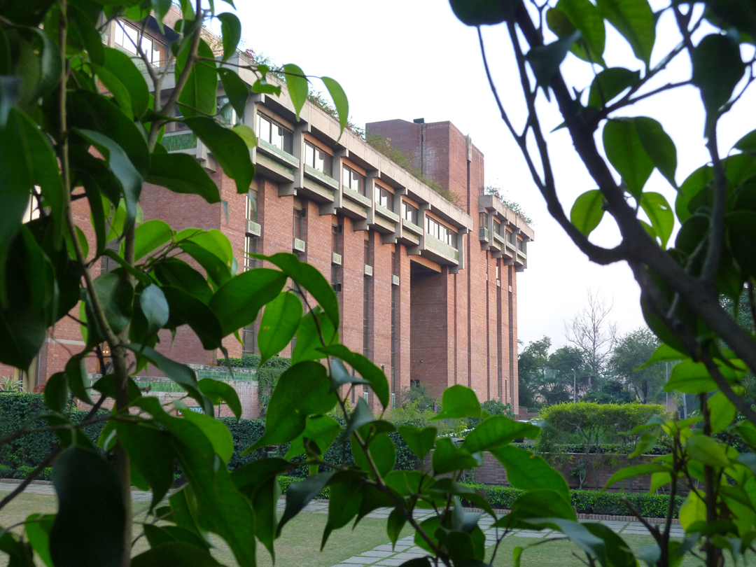 The large institutional presence of the India Habitat Centre is softened by the use of varied materials such as brick and tile and by the use of extensive landscaping within and surrounding the campus.  Source:  Aseem Inam
