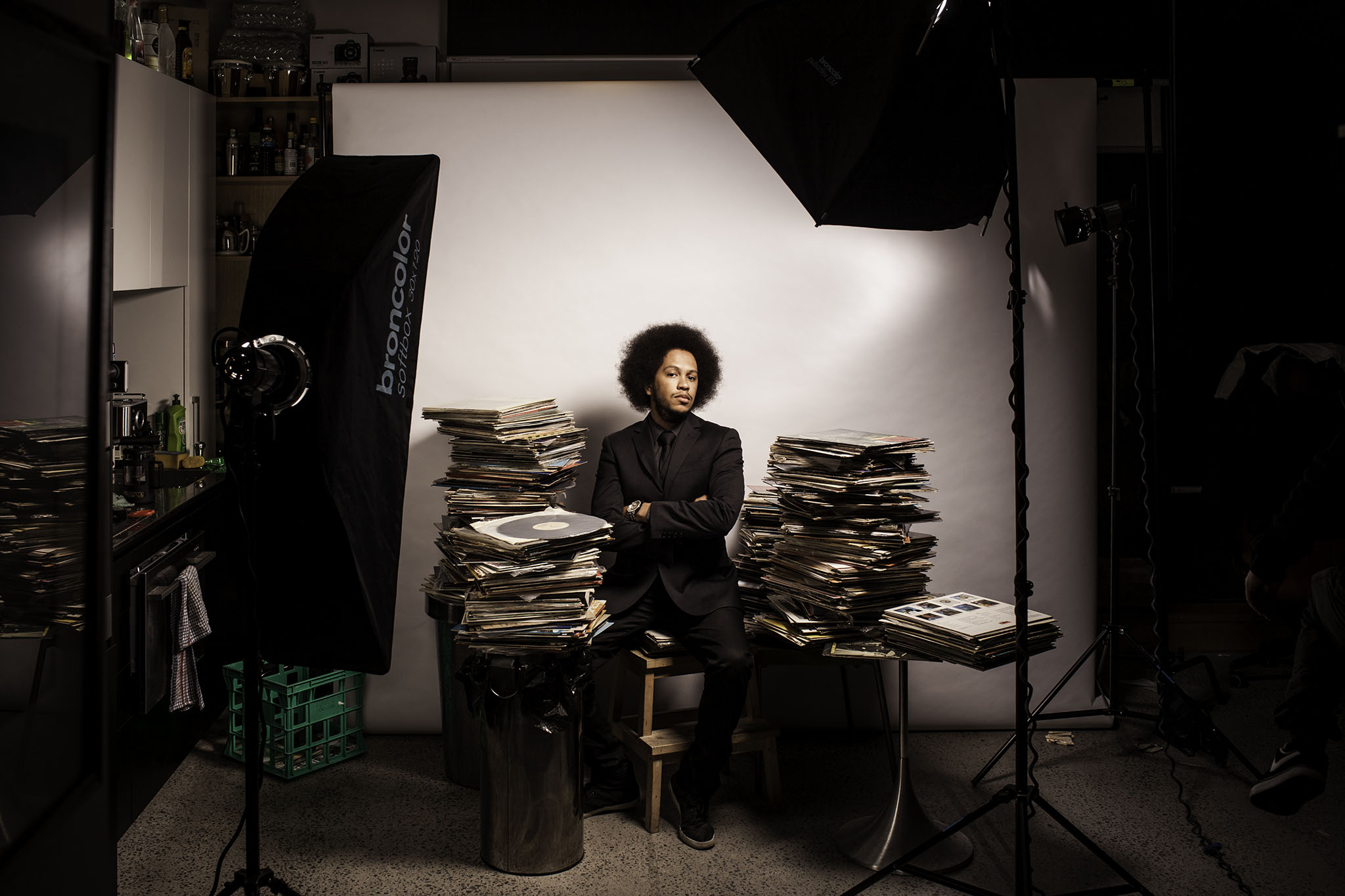 I set up the 3 Broncolor heads with a strip for the fill, bare head with a zoomer as the background light and the key light came down from above out of the mediumish soft box. The main light was set to 8.0 power (6.0 is the lowest on their odd arbitrary scale) while the fill lights were at 6.0.