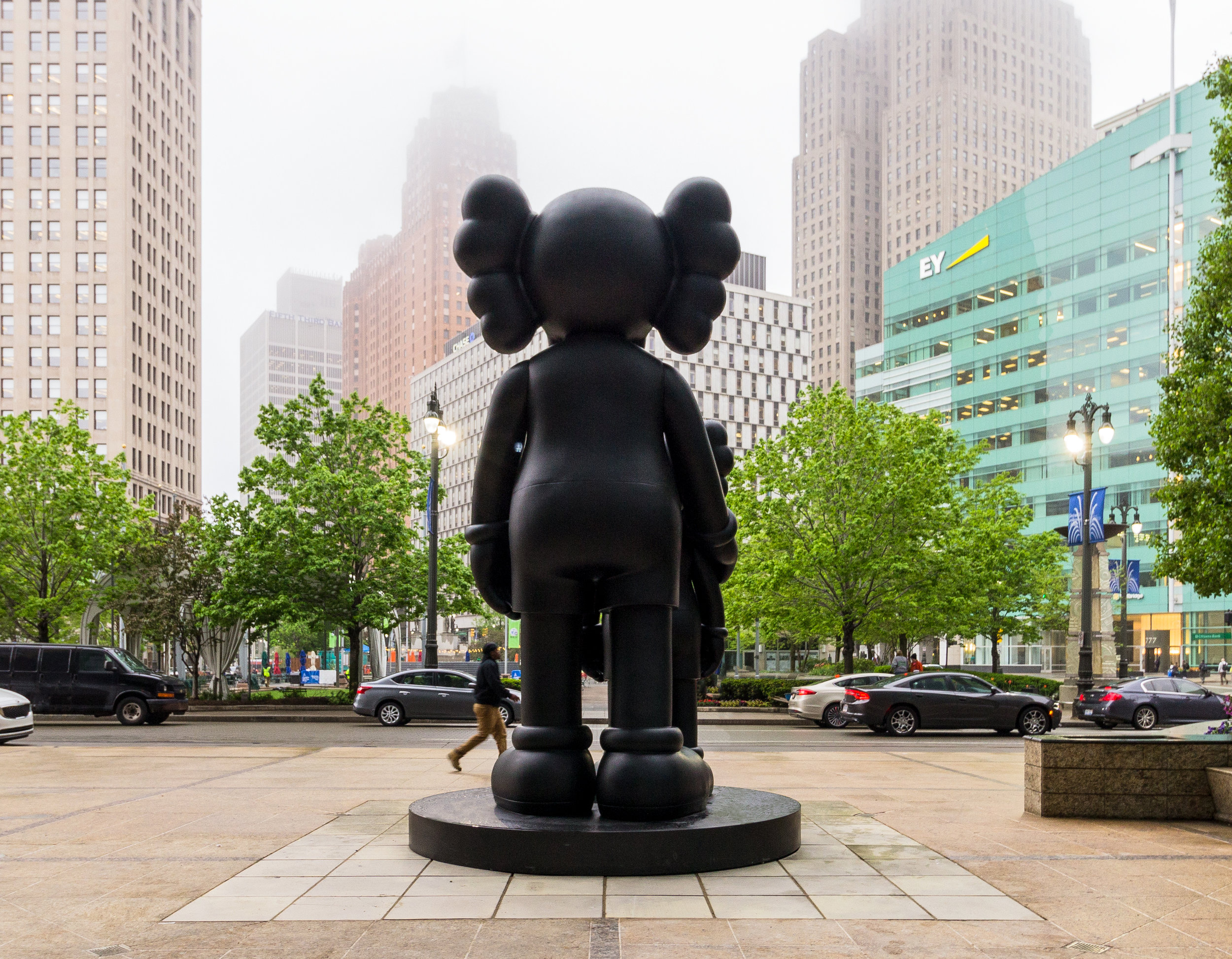 KAWS_WAITING_7.jpg