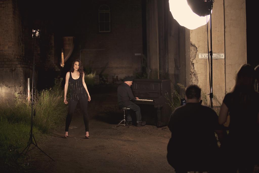 Victoria_FilmClip_WebFiles125.jpg