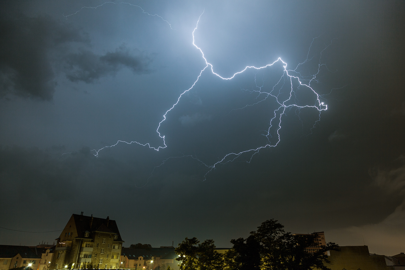 thunderstorm10.jpg