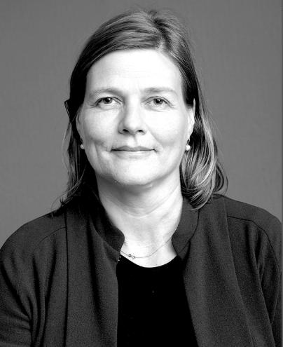 Marianne Skjulhaug er førsteamanuensis ved Institutt for urbanisme og landskap på AHO. På spørsmål om fremtiden trekker hun frem behovet for å bevare Y-blokka. Den må åpnes opp for fri tanke og fri bruk, sier hun.