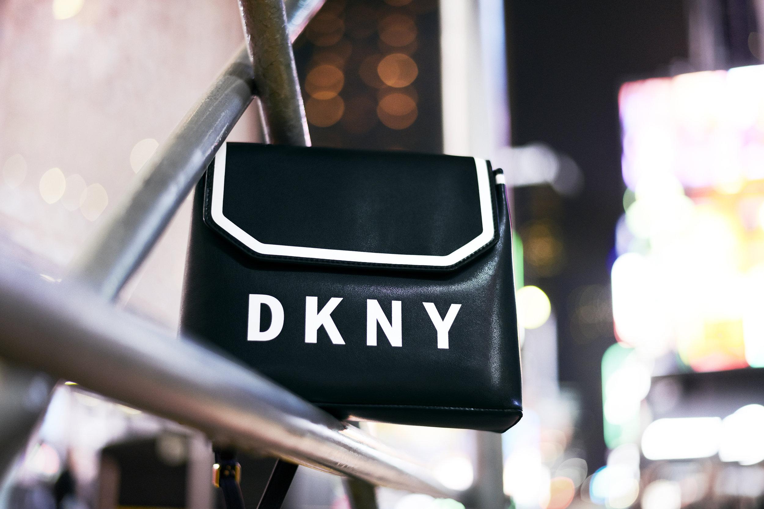 DKNY_HO18_EDITORIAL_BTS_004_RGB150.jpg
