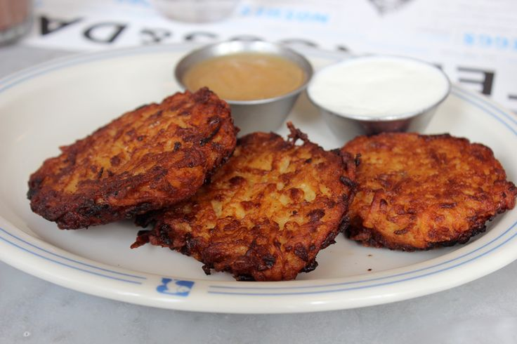 Latkes at  RuSS& Daughter's Cafe