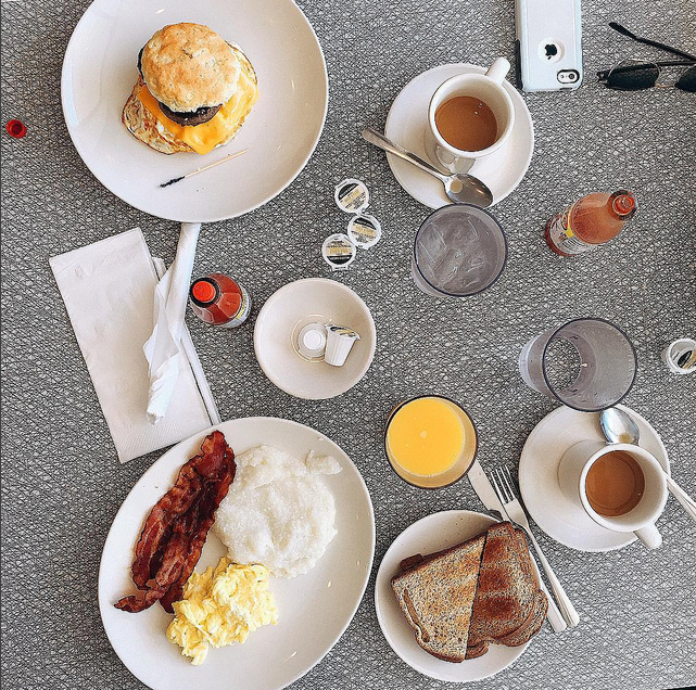 All-day breakfast-scape // photo courtesy of fforfood via Instagram