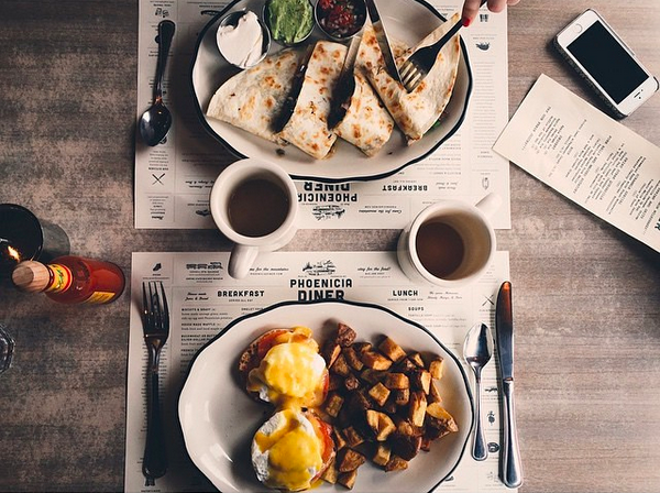 A winning brunch at the Phoenicia Diner / photo courtesy of phoneiciadiner via Instagram