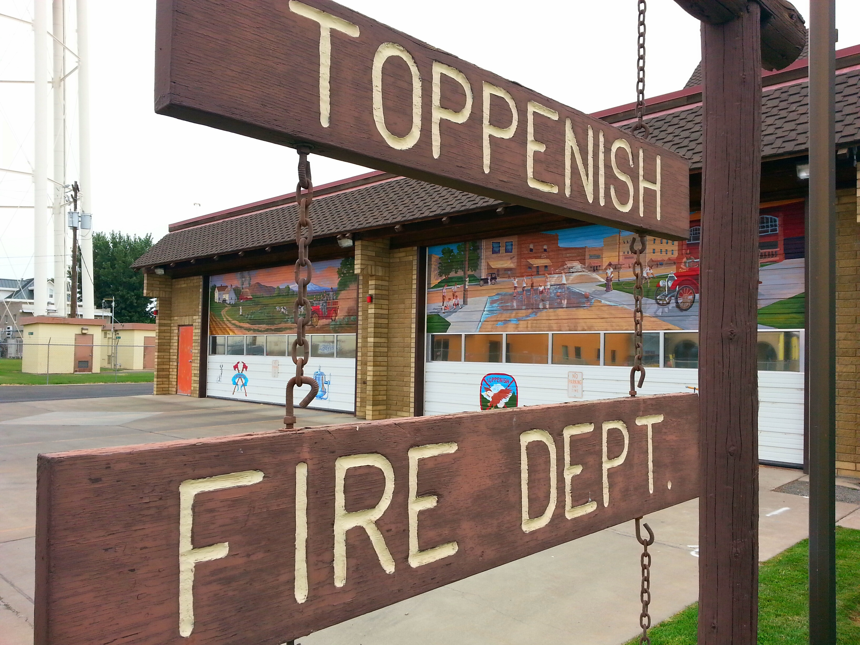 The firehouse even gets the mural treatment in Toppenish, WA / photo by Michael Mackie