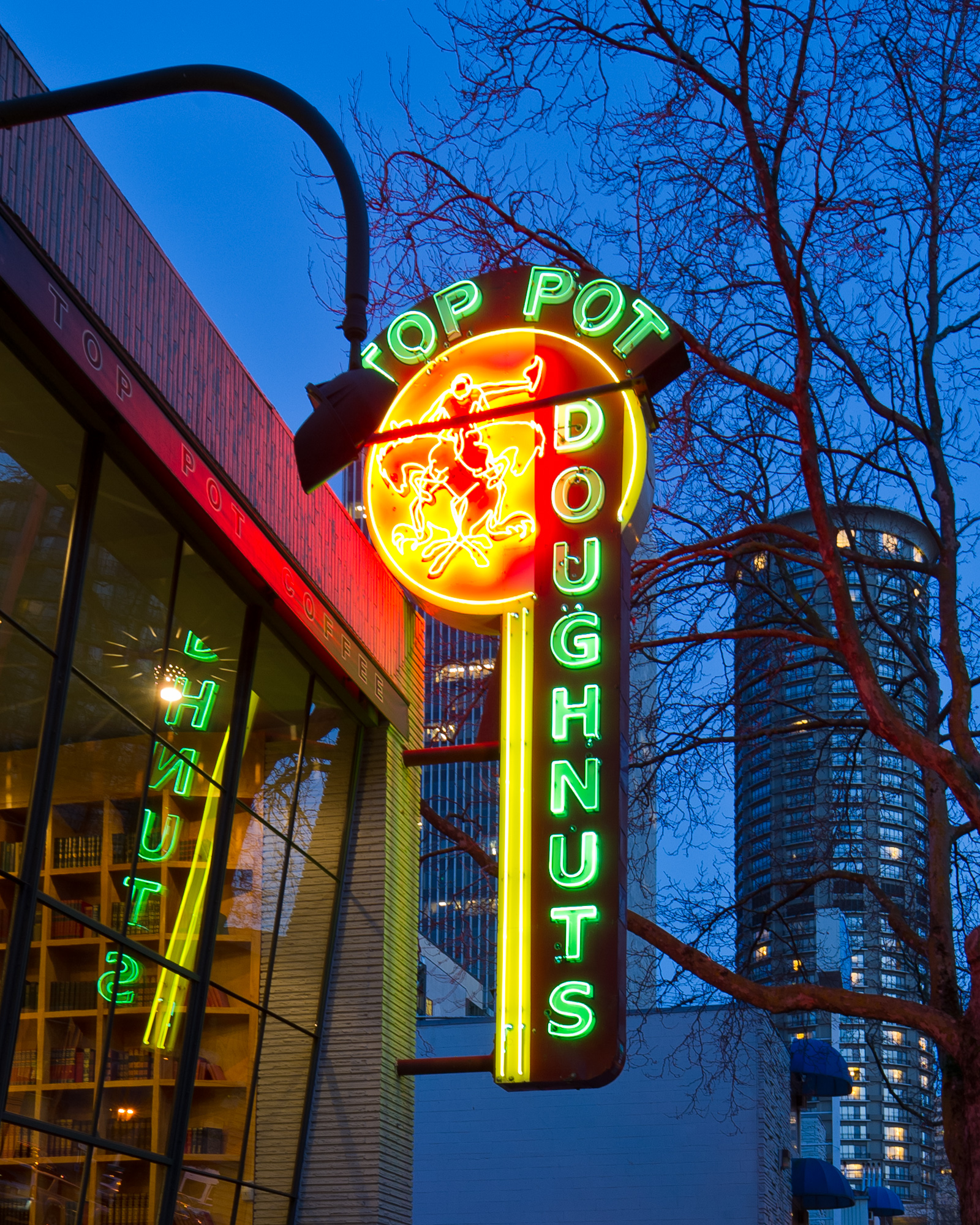 """The legendary neon sign. All that's missing is the """"S"""". Image: Mark Klebeck Photography."""