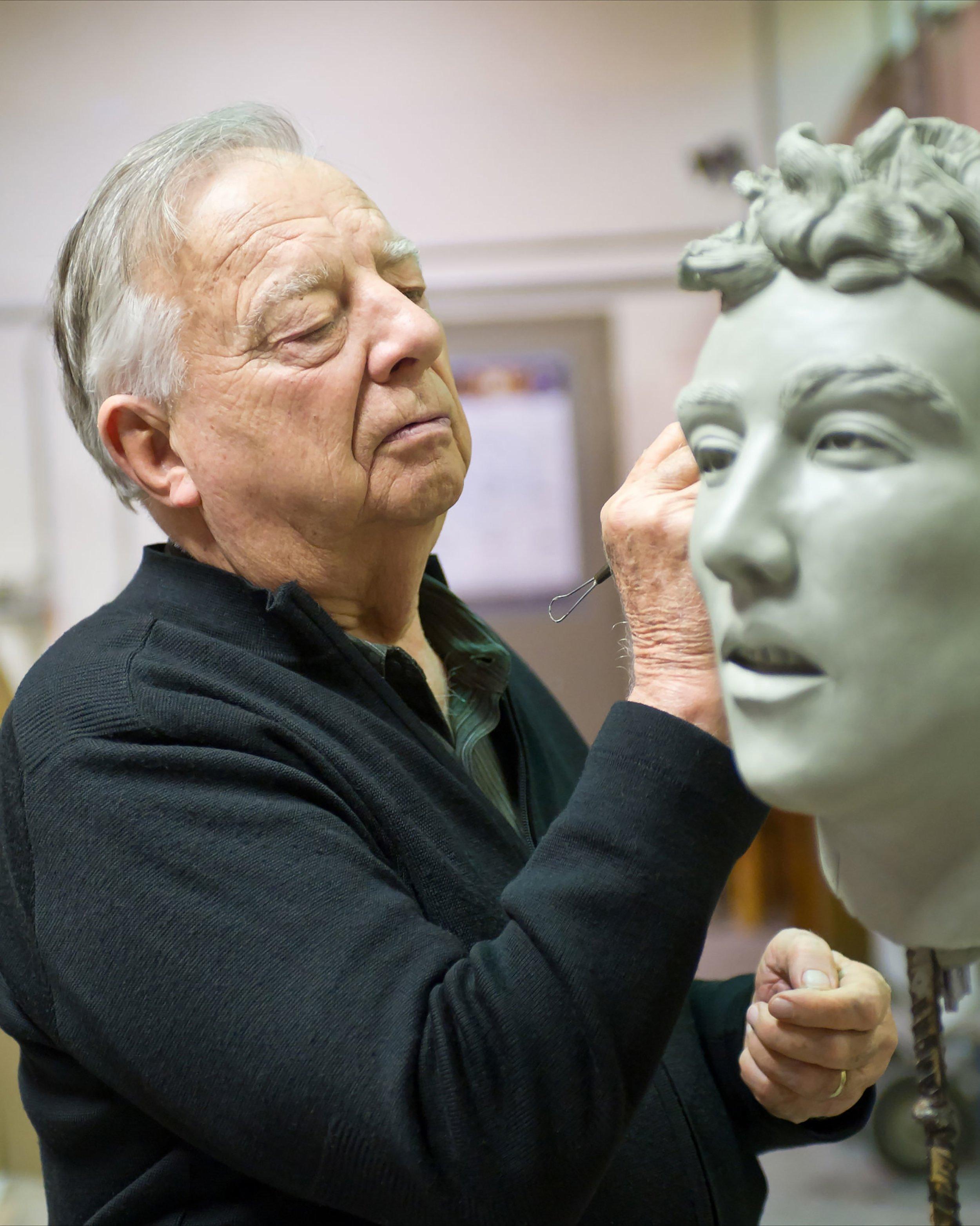 Photo of Seward Johnson sculpting,by David Steele