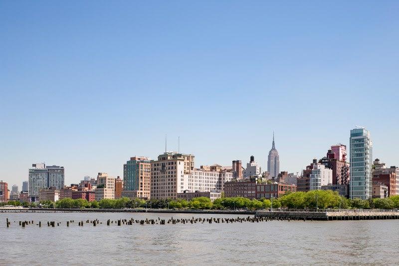 Manhattan Is Getting a Beach in 2022.jpg
