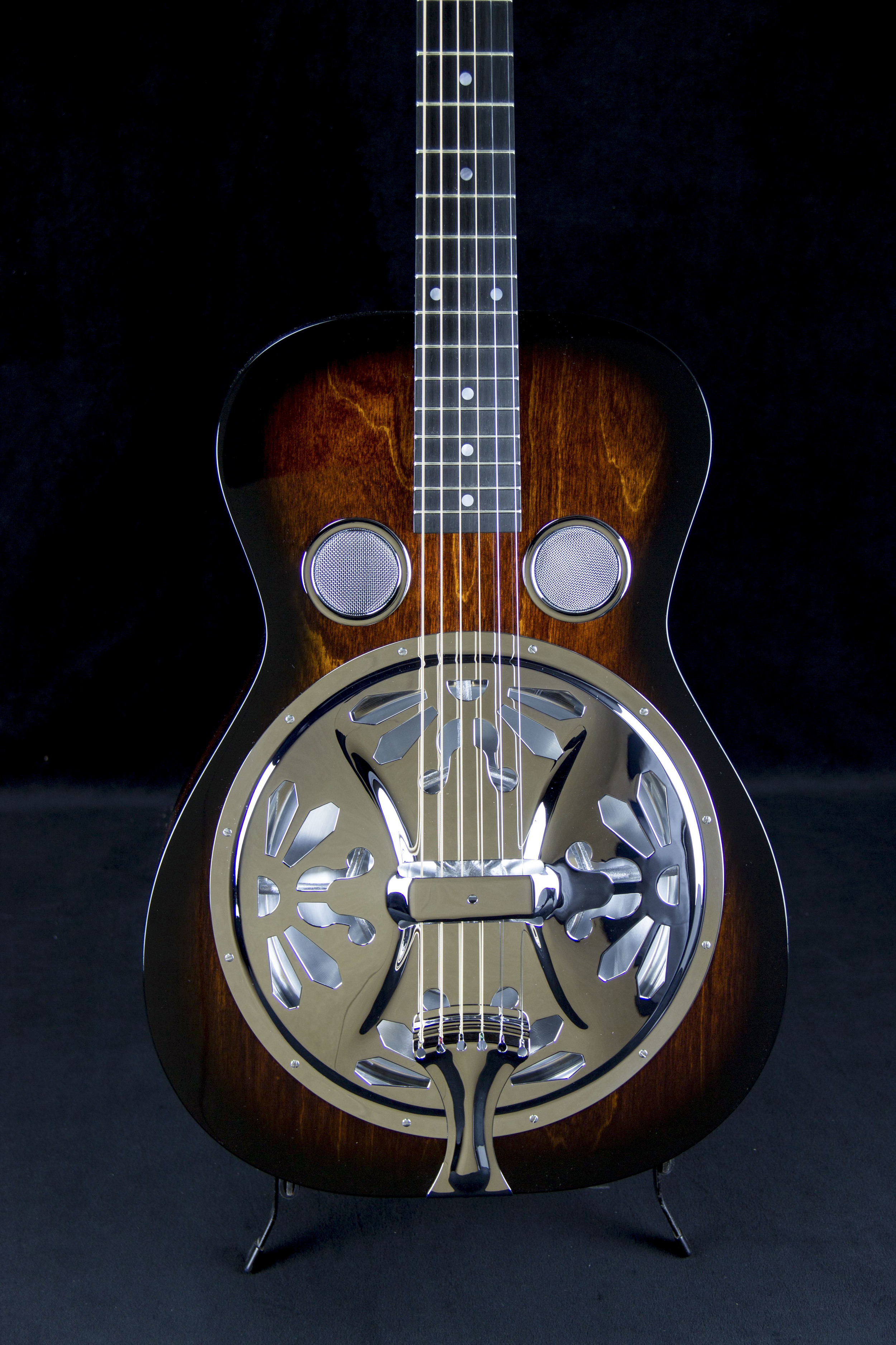 Lyre Coverplate on Beard Vintage R Model
