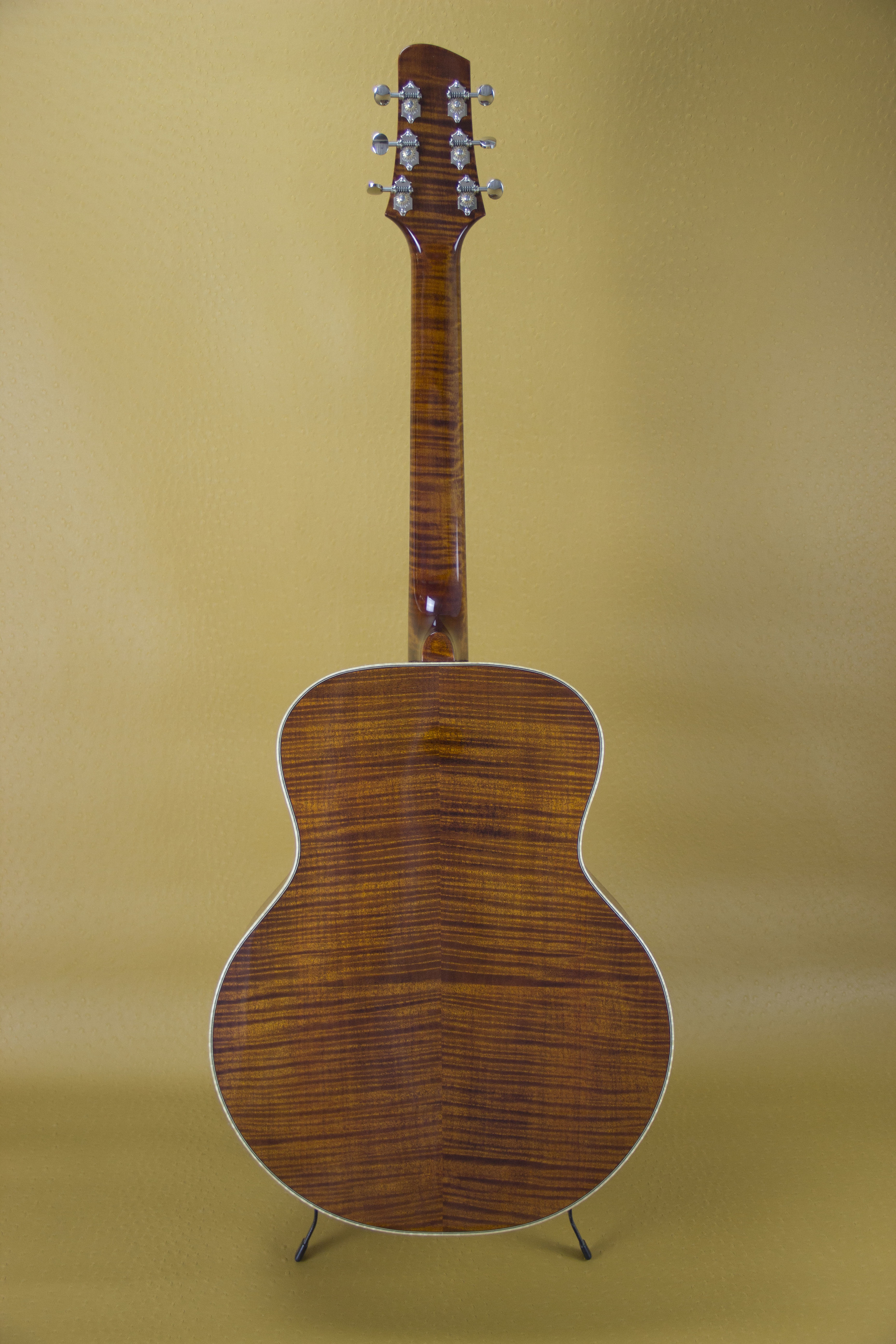 Honey Brown- Curly Maple