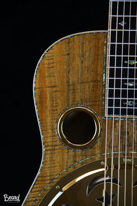 E-8-String-Koa-Det-1.jpg
