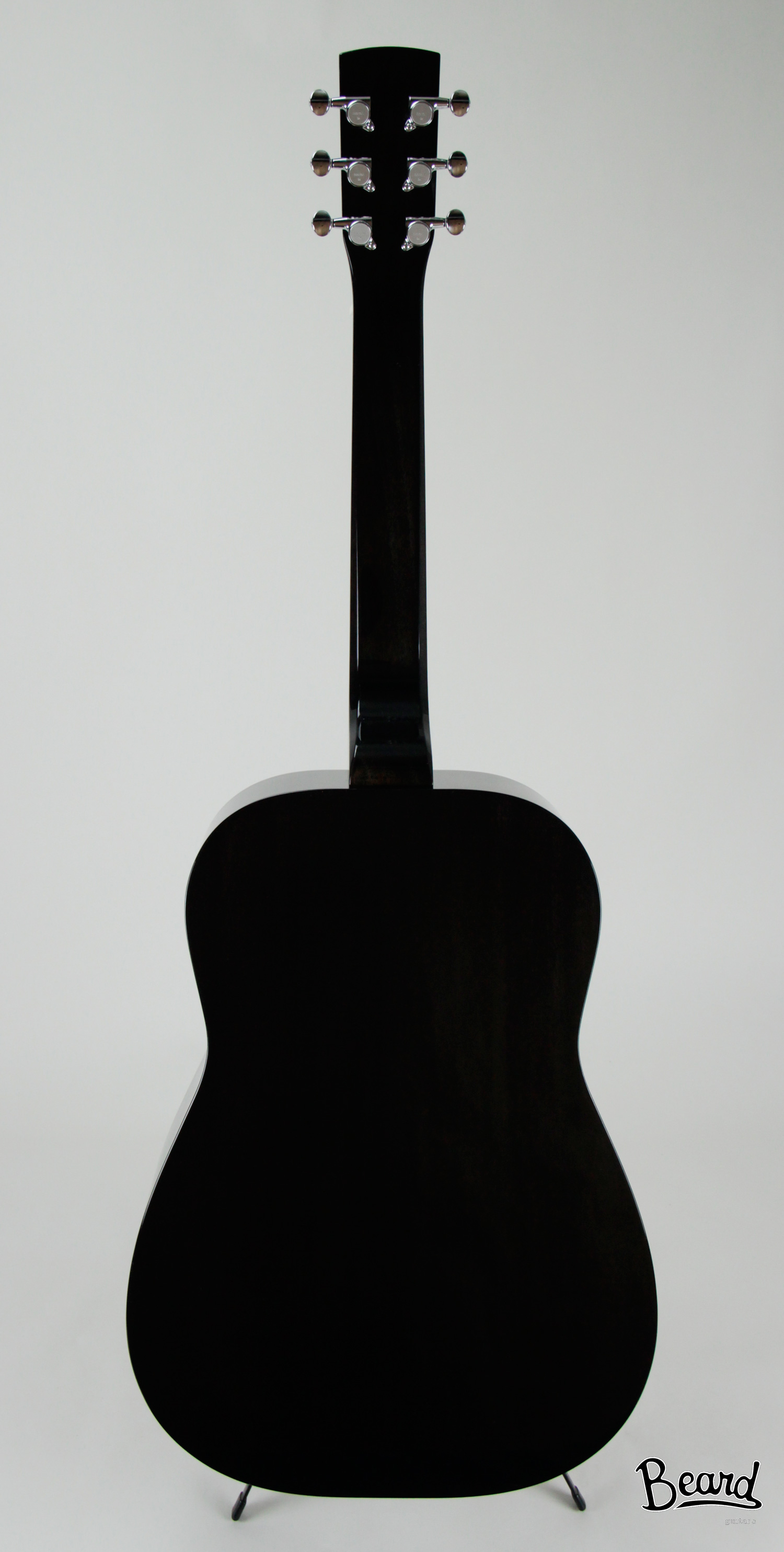 BlondeBeard™ Mahogany back and sides. Spruce top