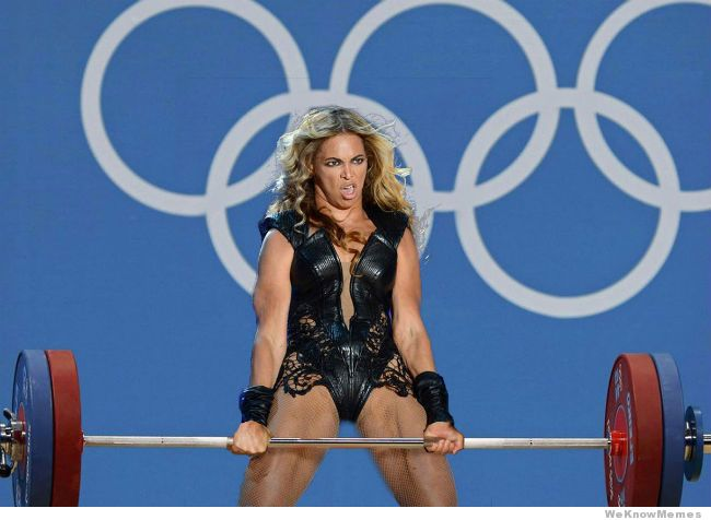 muscular beyonce-weightlifting.jpg