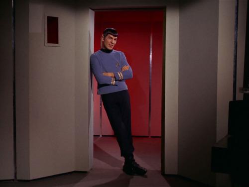 Spock leaning.jpg