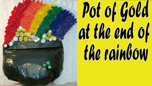 Pot+of+Gold+at+the+End+of+the+Rainbow+St+Patrick's+Day+Hula+Hoop+Wreath.jpg