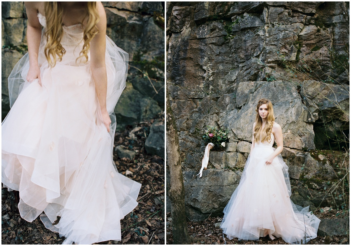 Abigail_Malone_Photography_Film_Photography_Portra_400_Knoxville_Wedding_Blush_Dress_Windy_Bridal_Portrait_33.jpg