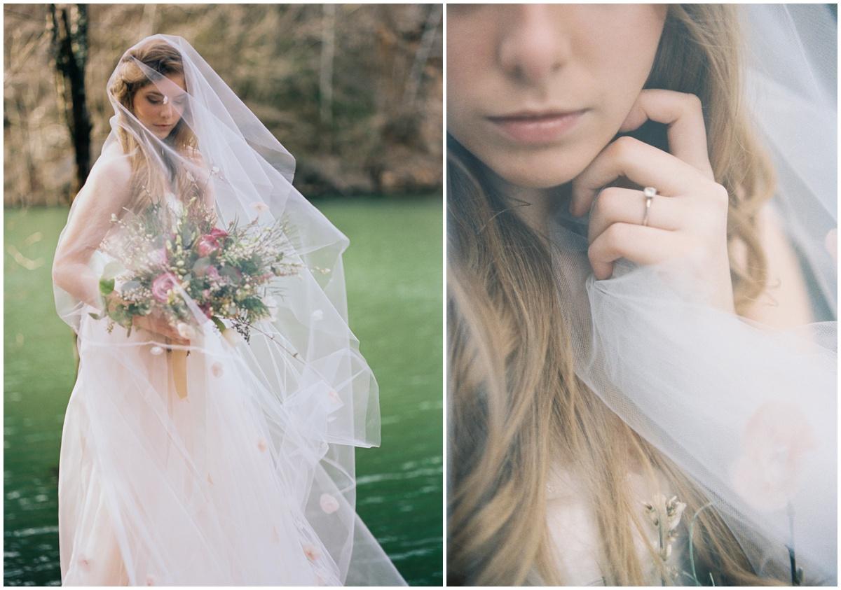 Abigail_Malone_Photography_Film_Photography_Portra_400_Knoxville_Wedding_Blush_Dress_Windy_Bridal_Portrait_40.jpg