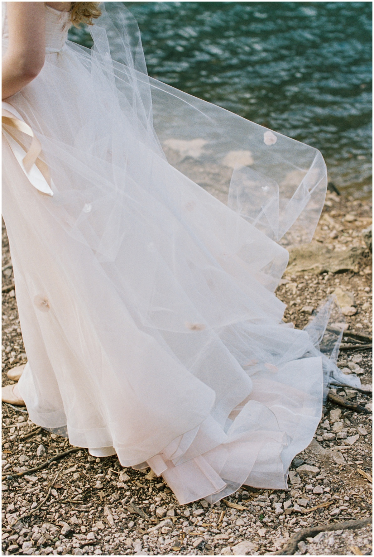 Abigail_Malone_Film_Wedding_Photography_KNoxville_TN_Blush_Dress_Outdoor_Windy_Pink_and_Green_Wedding_0010.jpg