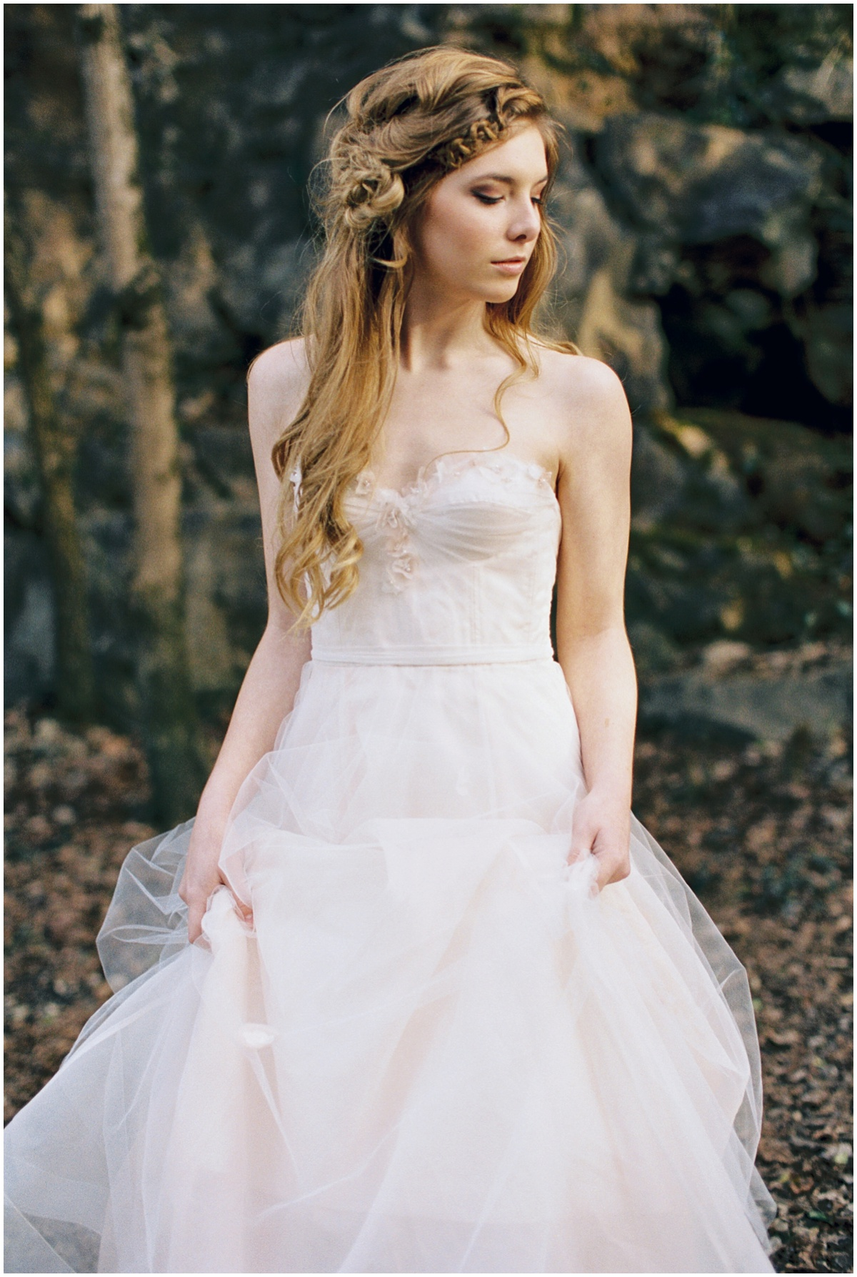 Abigail_Malone_Film_Wedding_Photography_KNoxville_TN_Blush_Dress_Outdoor_Windy_Pink_and_Green_Wedding_0005.jpg