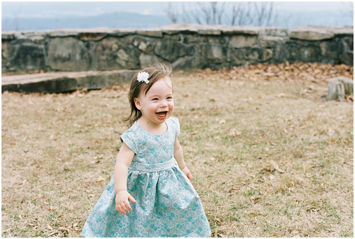 Abigail_Malone_Film_Family_Photography_Knoxville_Tennessee_Nashville__Chattanooga_Maternity_Lookout_Mountain_0030.jpg