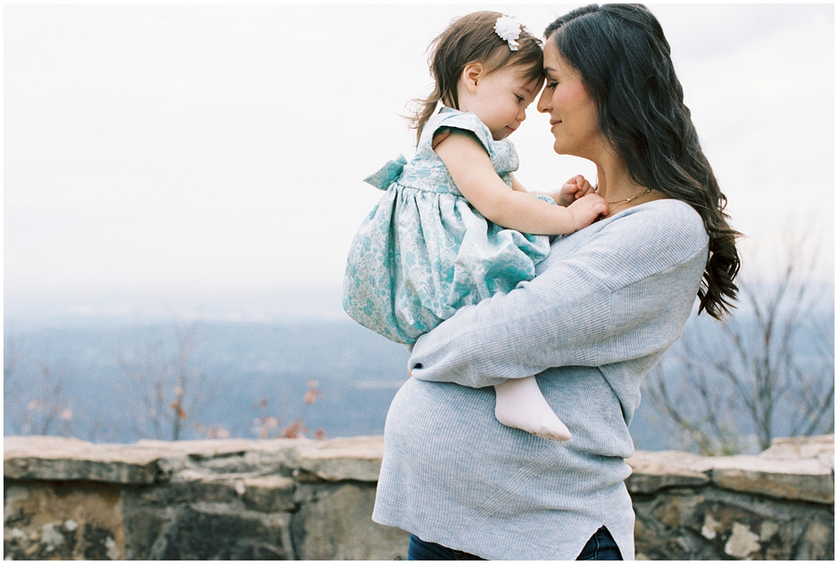 Abigail_Malone_Film_Family_Photography_Knoxville_Tennessee_Nashville__Chattanooga_Maternity_Lookout_Mountain_0018.jpg
