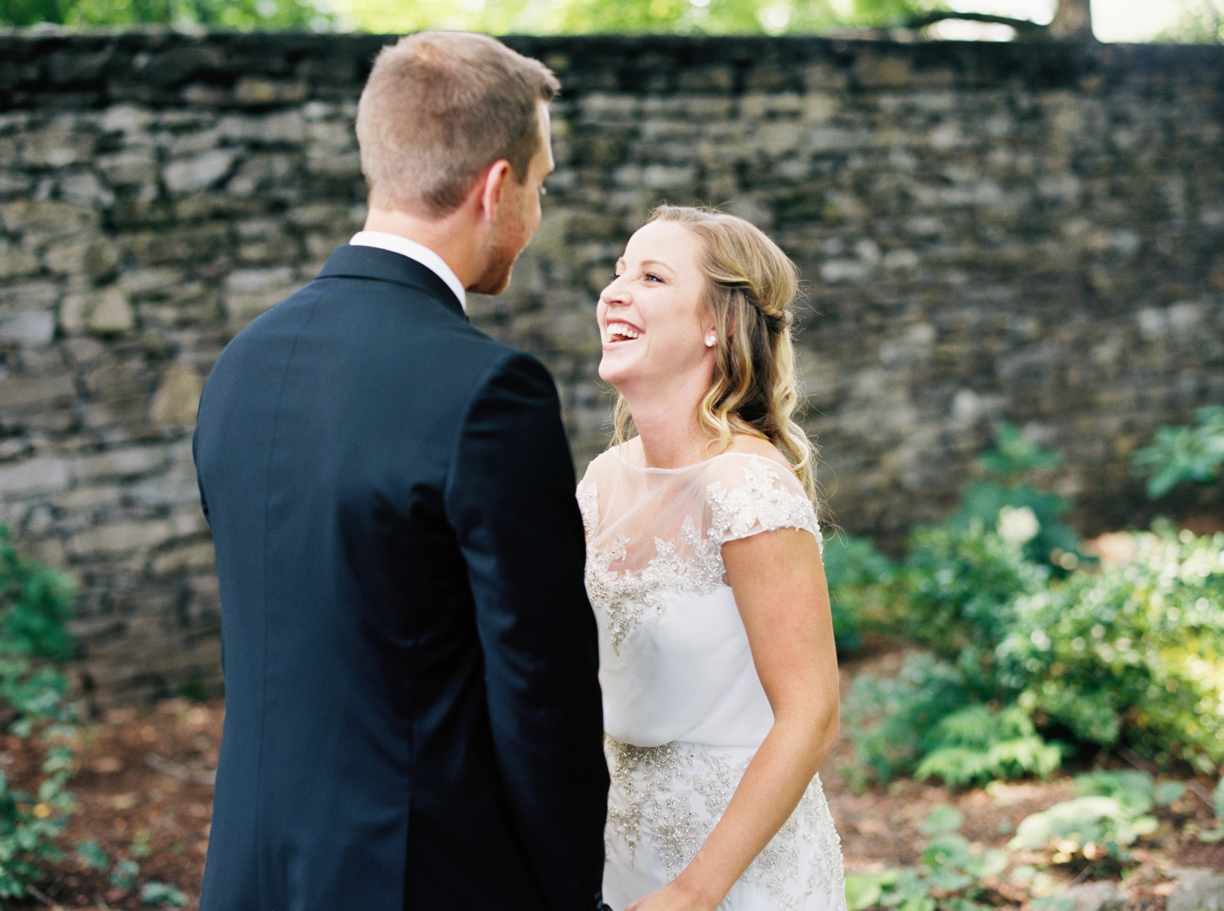 Katie_Matt_Wedding_Knoxville_Botanical_Garden_Abigail_Malone_photography-81.jpg