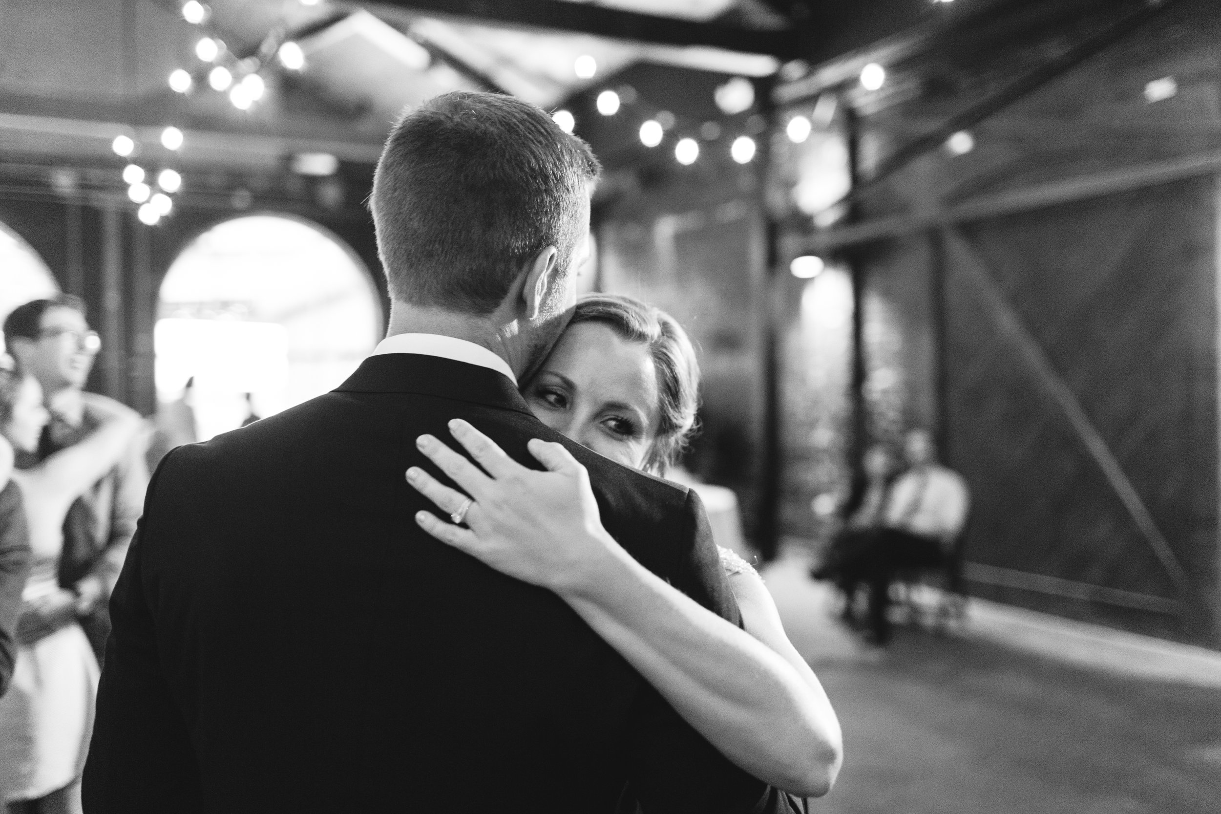 Katie_Matt_Wedding_Knoxville_Botanical_Garden_Abigail_Malone_photography-533.jpg