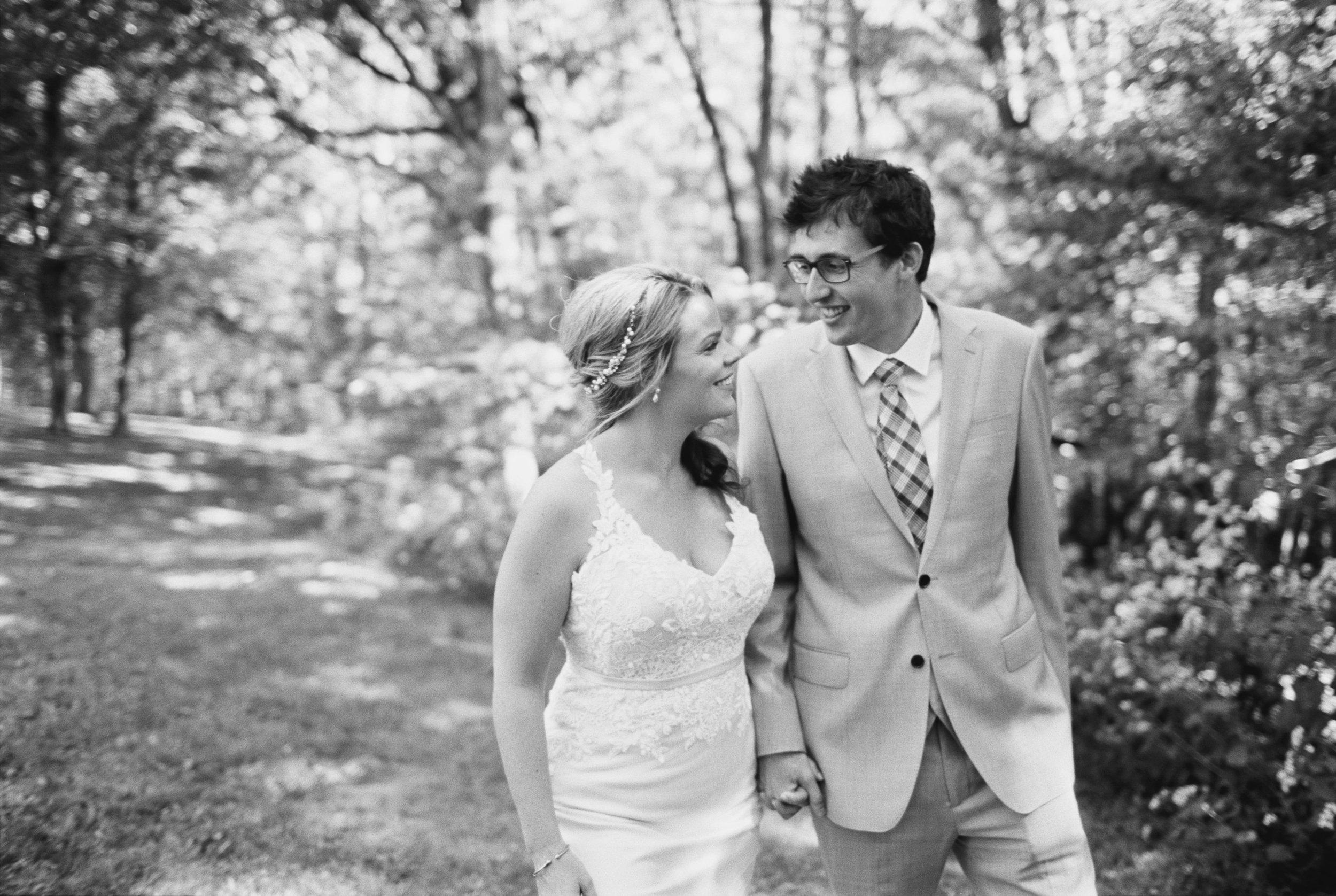 Abby_Simon_Wedding_Abigail_Malone_Photography_nashville_Bloomsbury_Farm-135.jpg