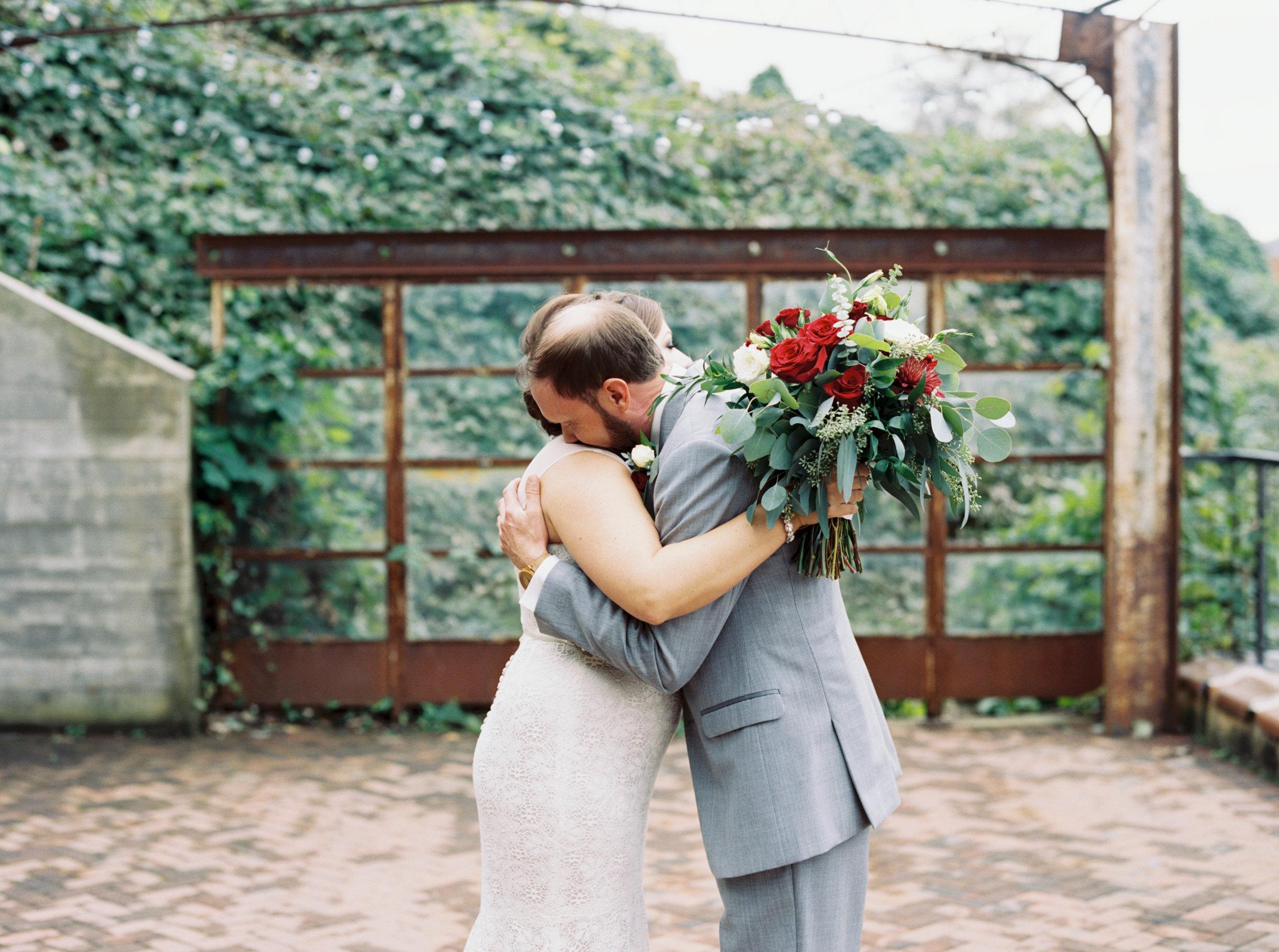 Jessica_Bryan_Wedding_Standard_Knoxville_Abigail_Malone_Photography-180.jpg