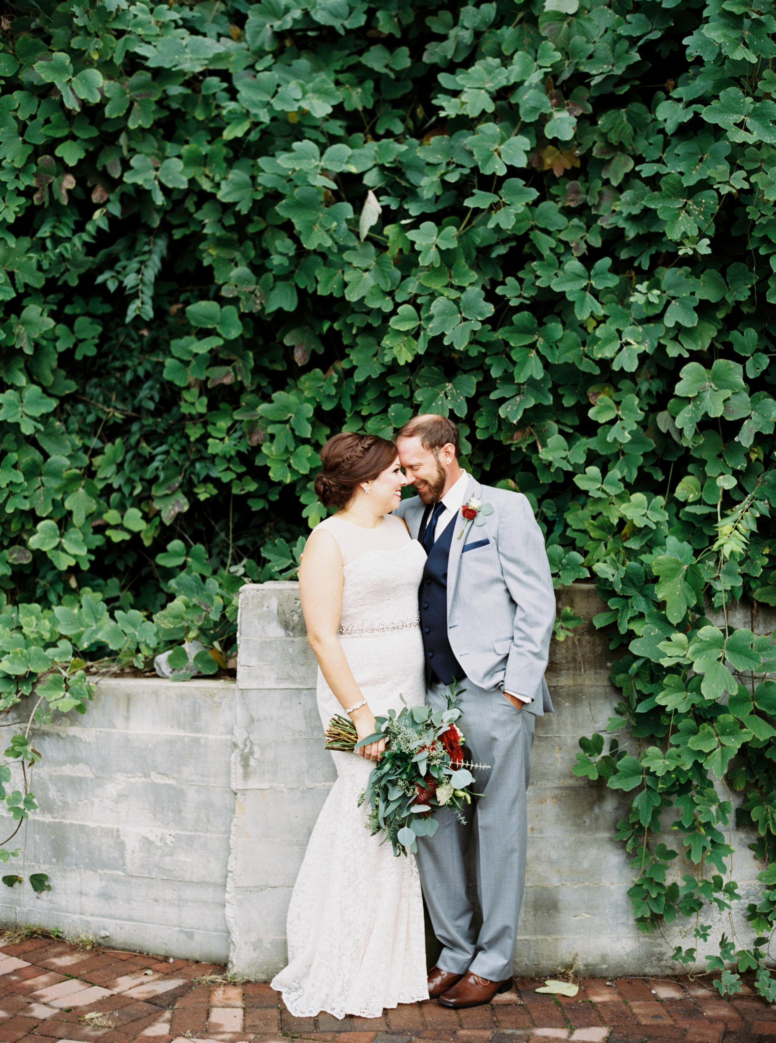 Jessica_Bryan_Wedding_Standard_Knoxville_Abigail_Malone_Photography-241.jpg