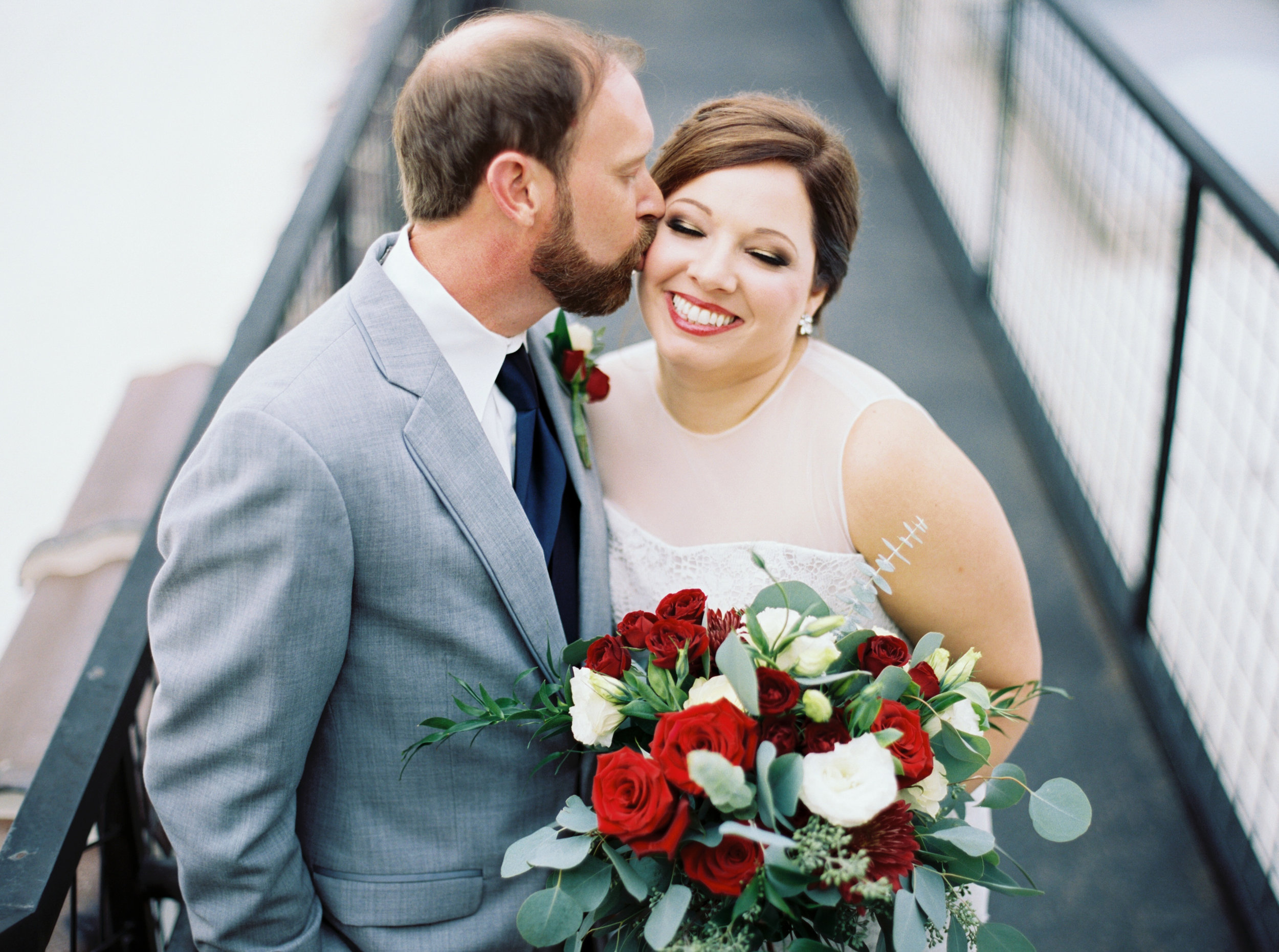 Jessica_Bryan_Wedding_Standard_Knoxville_Abigail_Malone_Photography-299.jpg