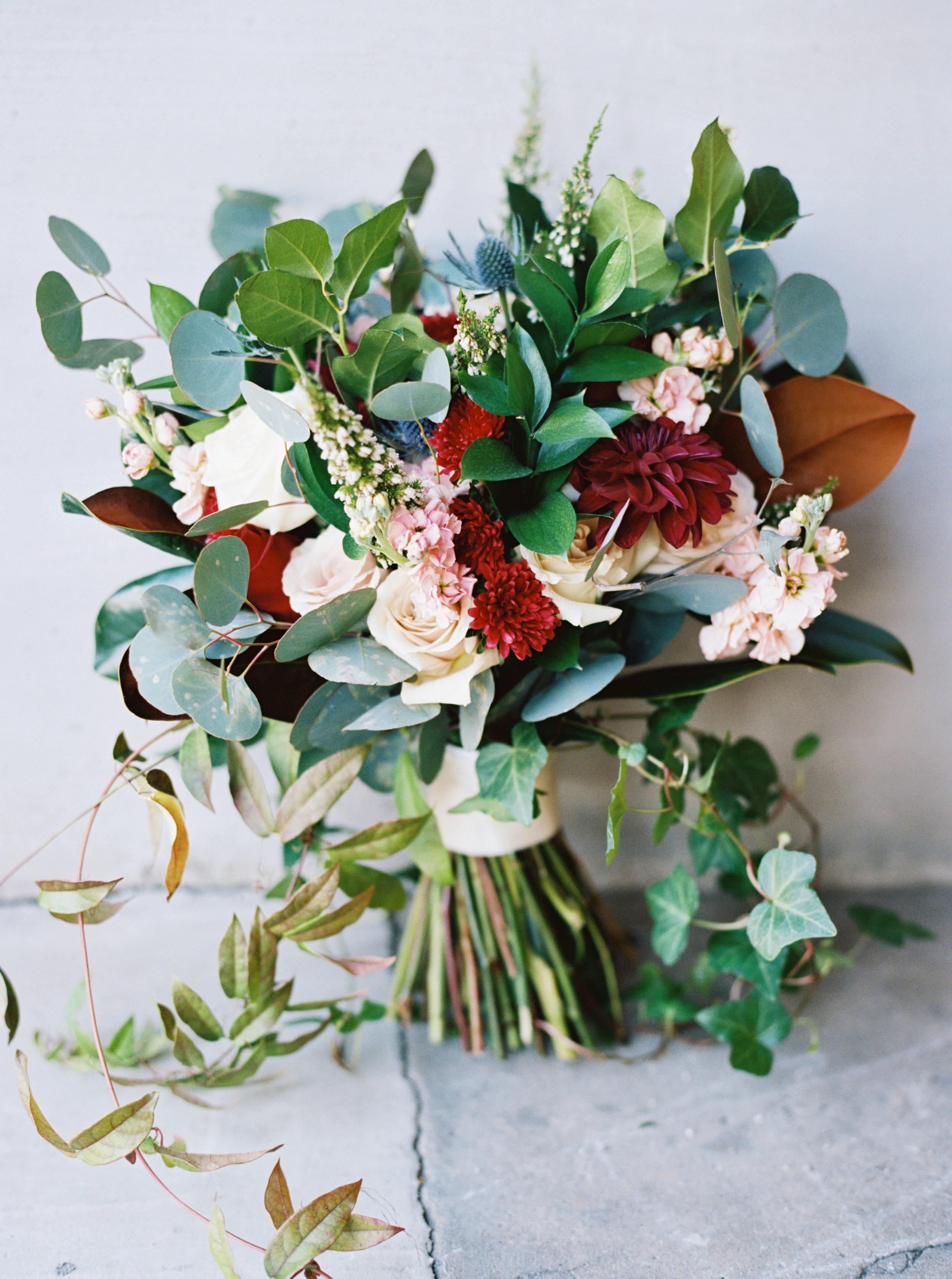 Lauren_Jeremy_Standard_Wedding_Knoxville_Abigail_Malone_Photography_FIlm-29.jpg