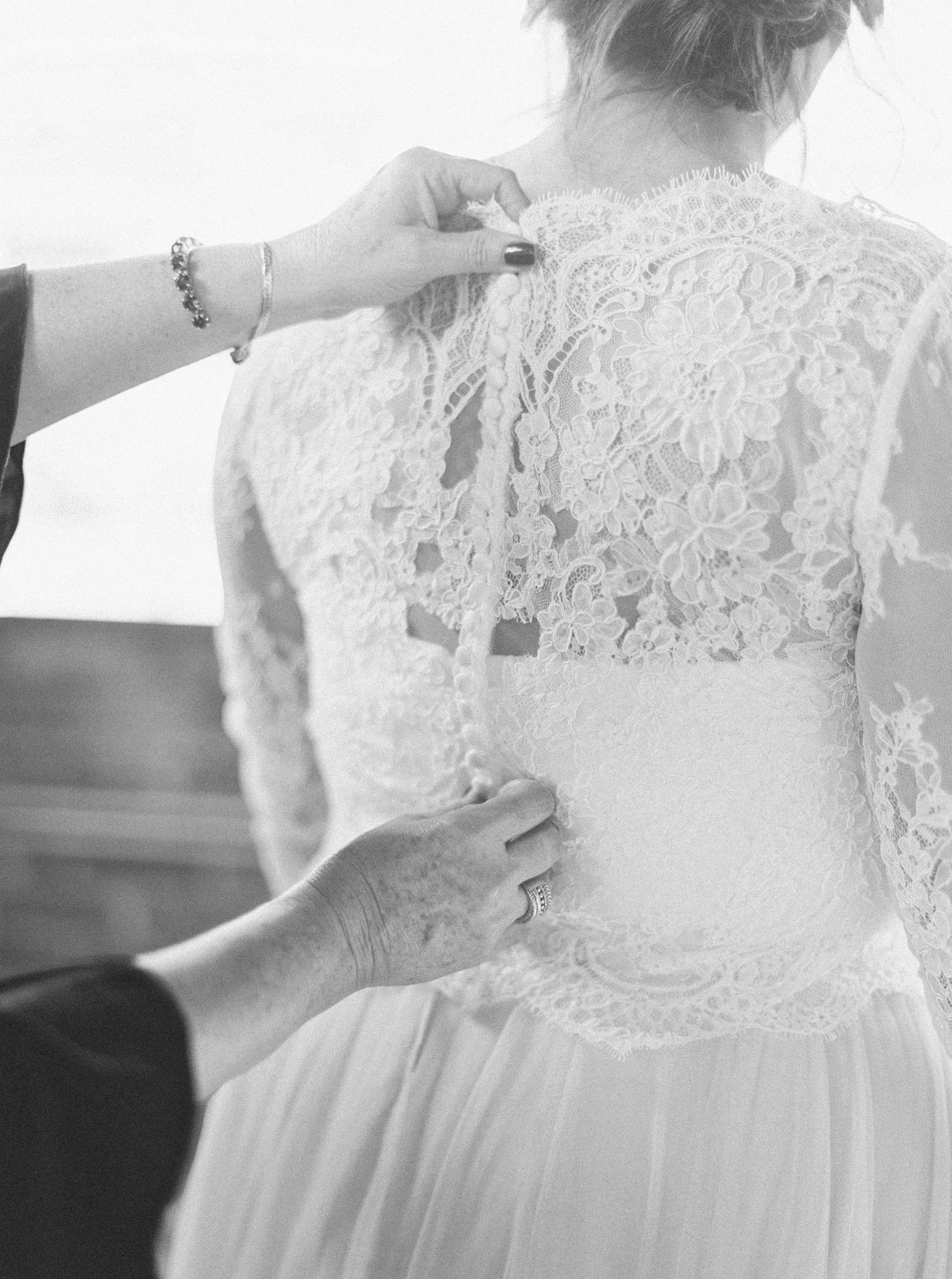 Lauren_Jeremy_Standard_Wedding_Knoxville_Abigail_Malone_Photography_FIlm-82.jpg