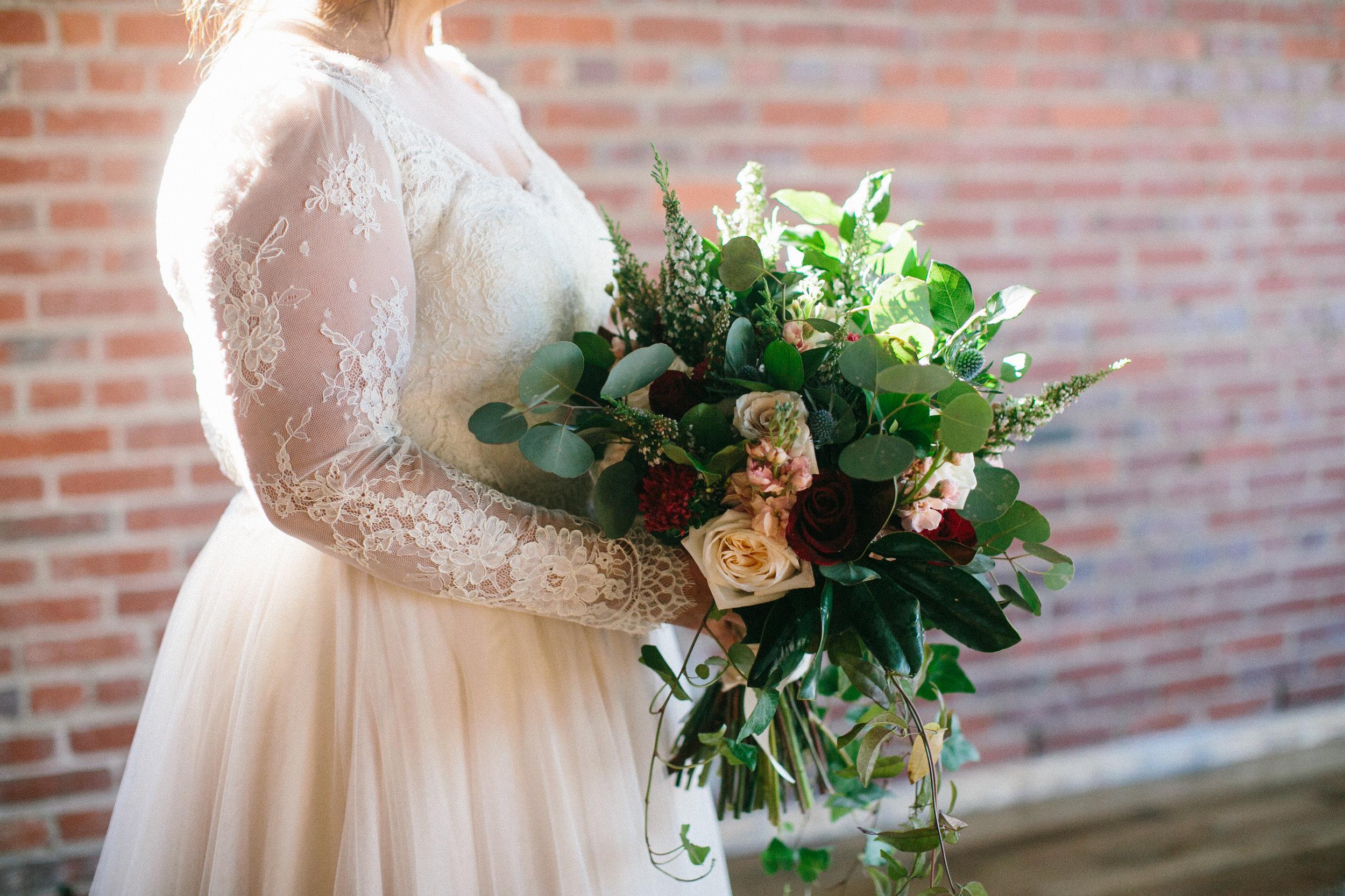 Lauren_Jeremy_Standard_Wedding_Knoxville_Abigail_Malone_Photography_FIlm-127.jpg