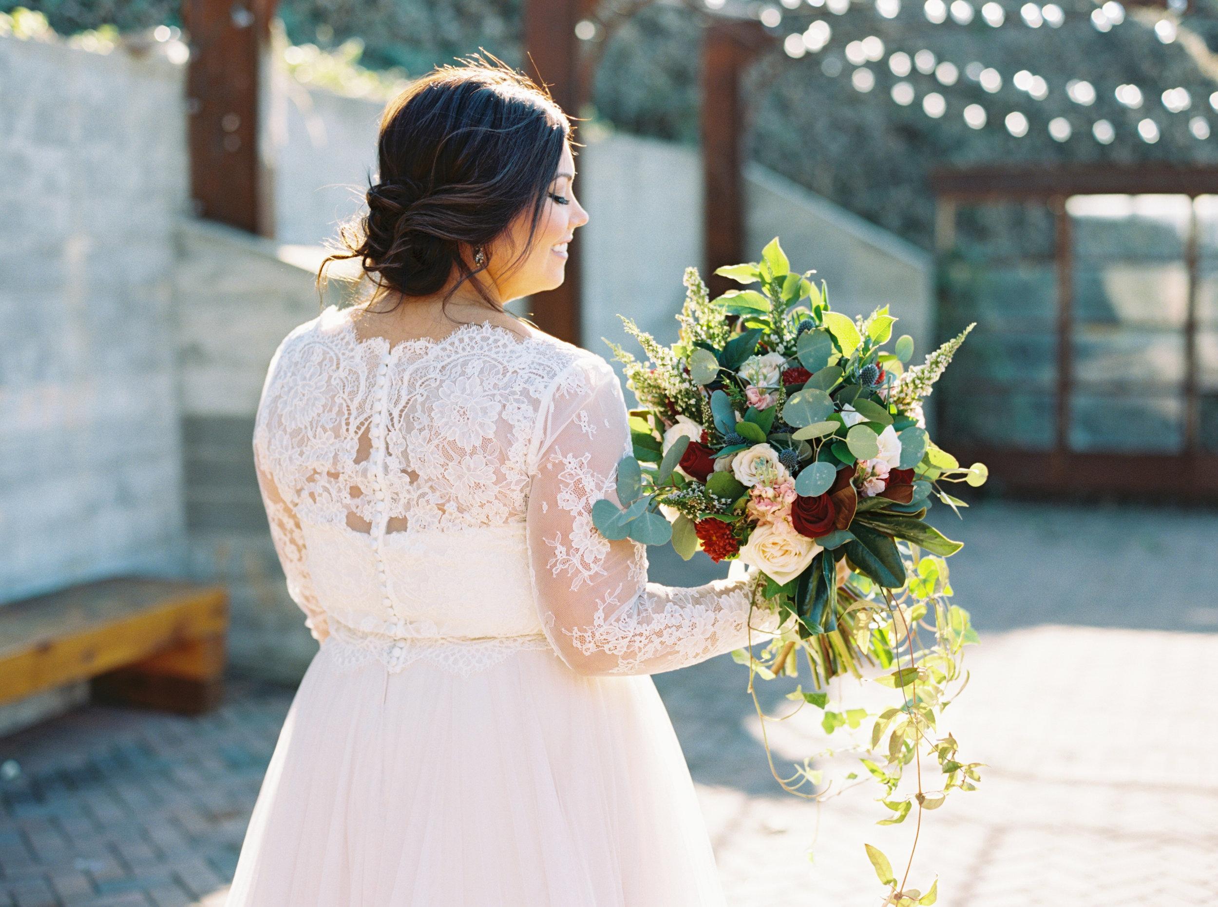 Lauren_Jeremy_Standard_Wedding_Knoxville_Abigail_Malone_Photography_FIlm-235.jpg
