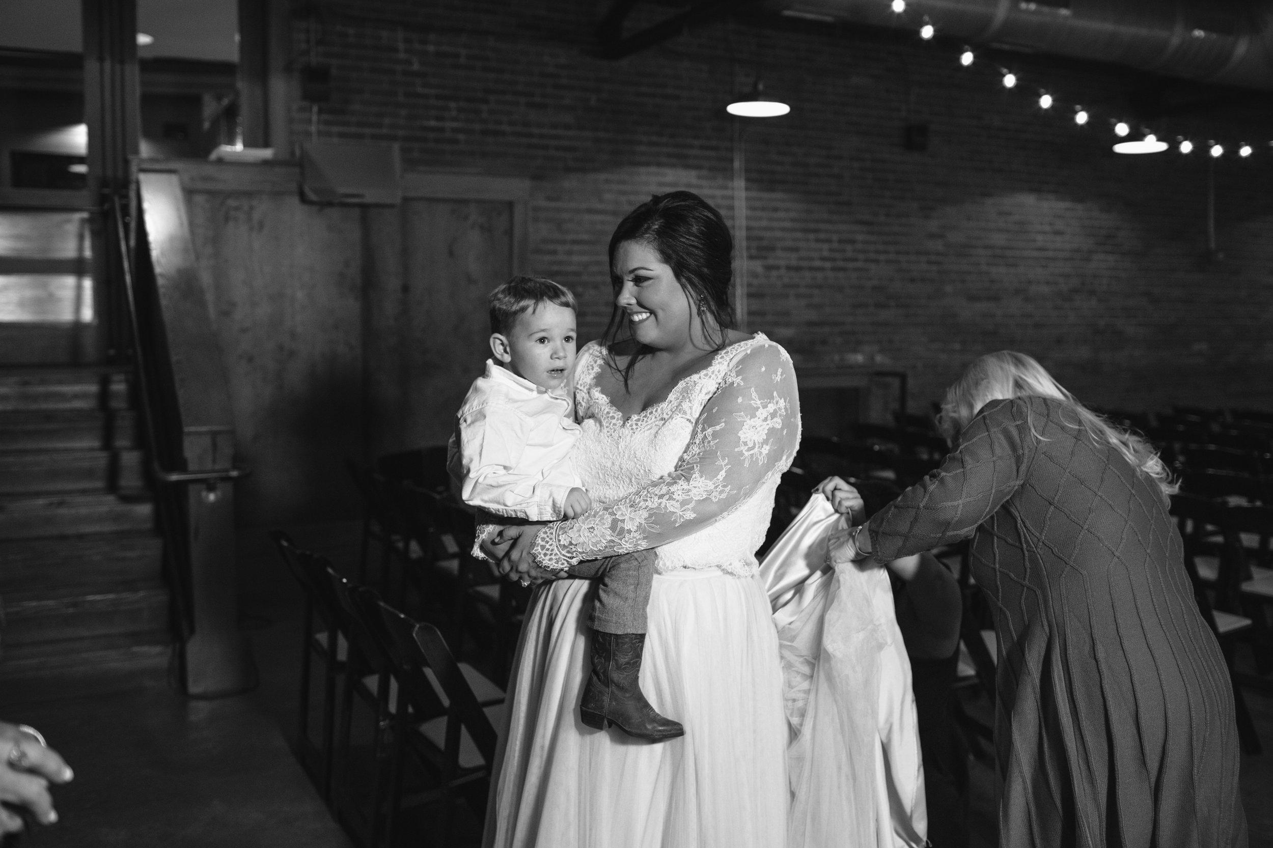 Lauren_Jeremy_Standard_Wedding_Knoxville_Abigail_Malone_Photography_FIlm-519.jpg