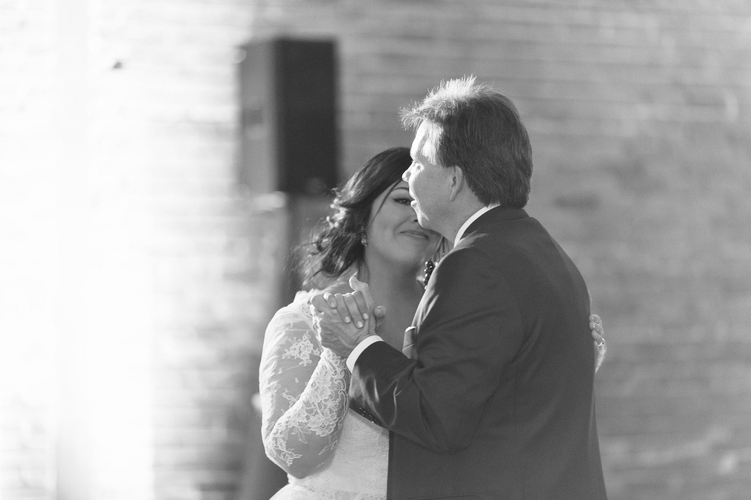 Lauren_Jeremy_Standard_Wedding_Knoxville_Abigail_Malone_Photography_FIlm-545.jpg